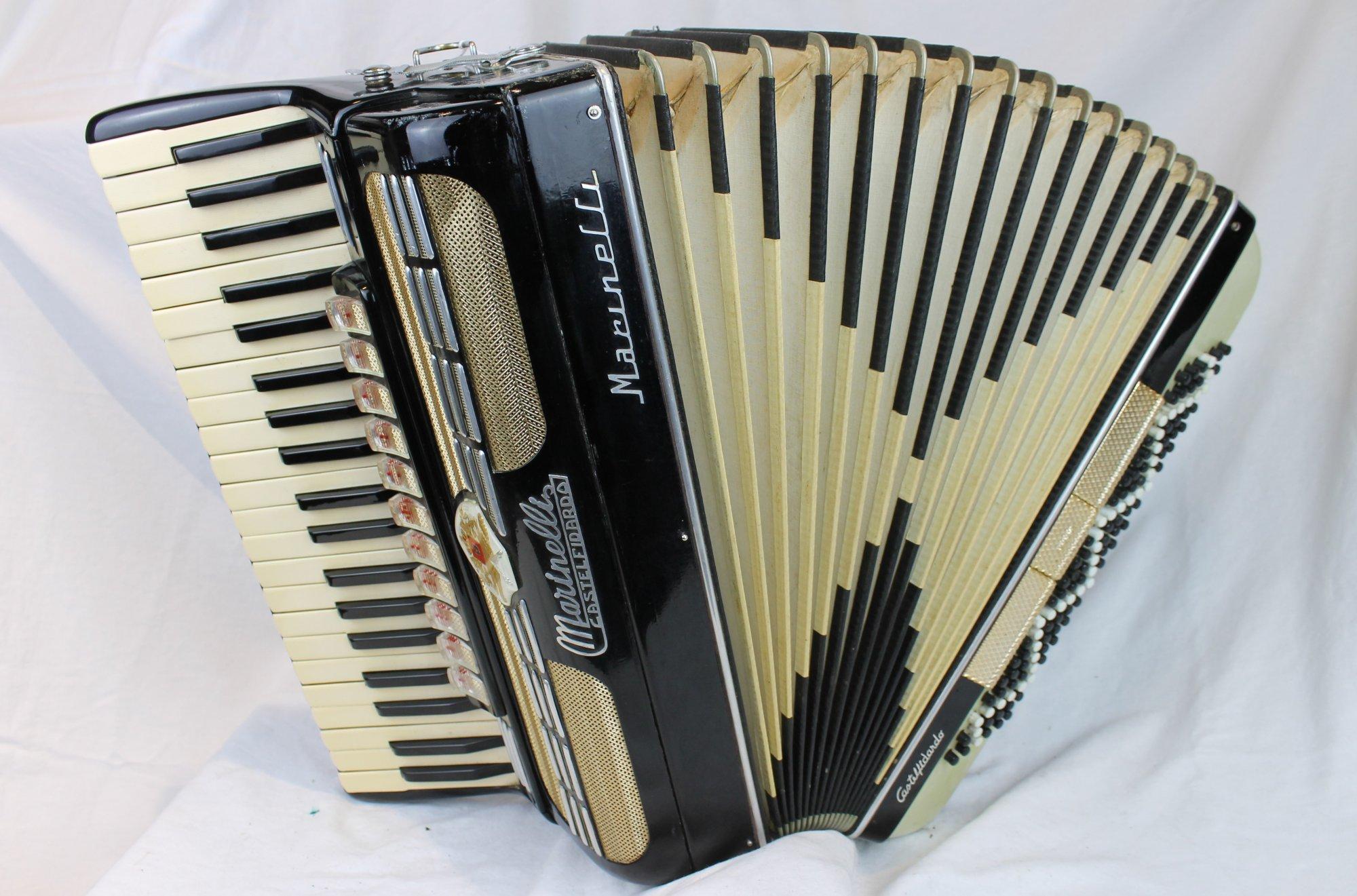 6029 - Black Marinelli Castelfidardo Piano Accordion LMMH 41 120