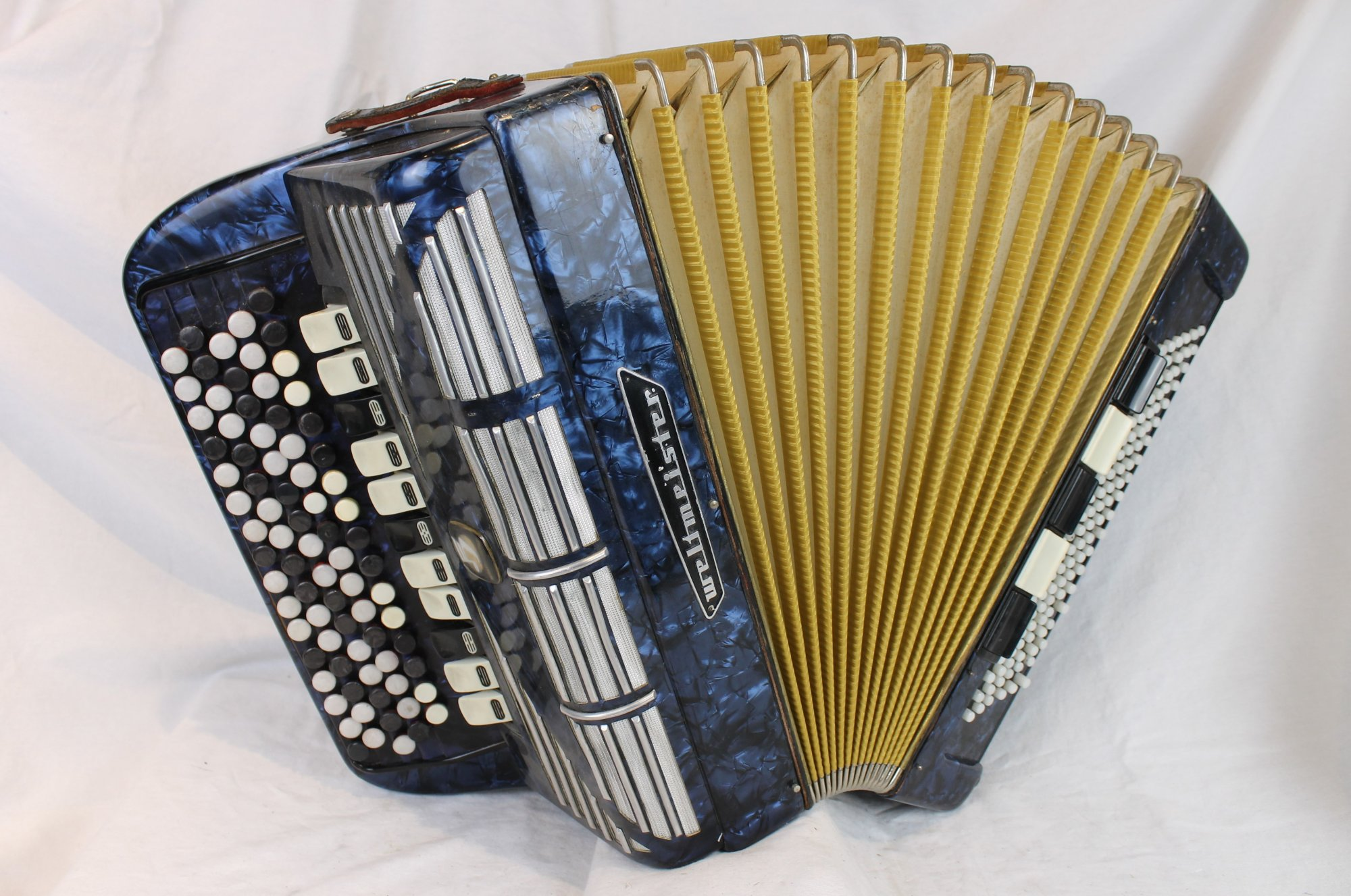 6096 - Blue Weltmeister Grandina Chromatic Button Accordion B System LMMH 80 120