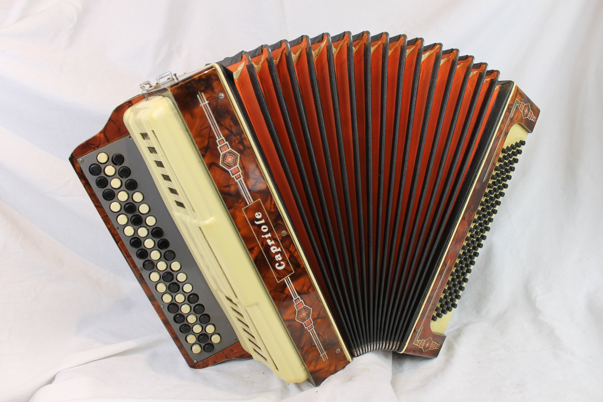6107 - Brown Capriole Bayan Chromatic Button Accordion B MM 52 100