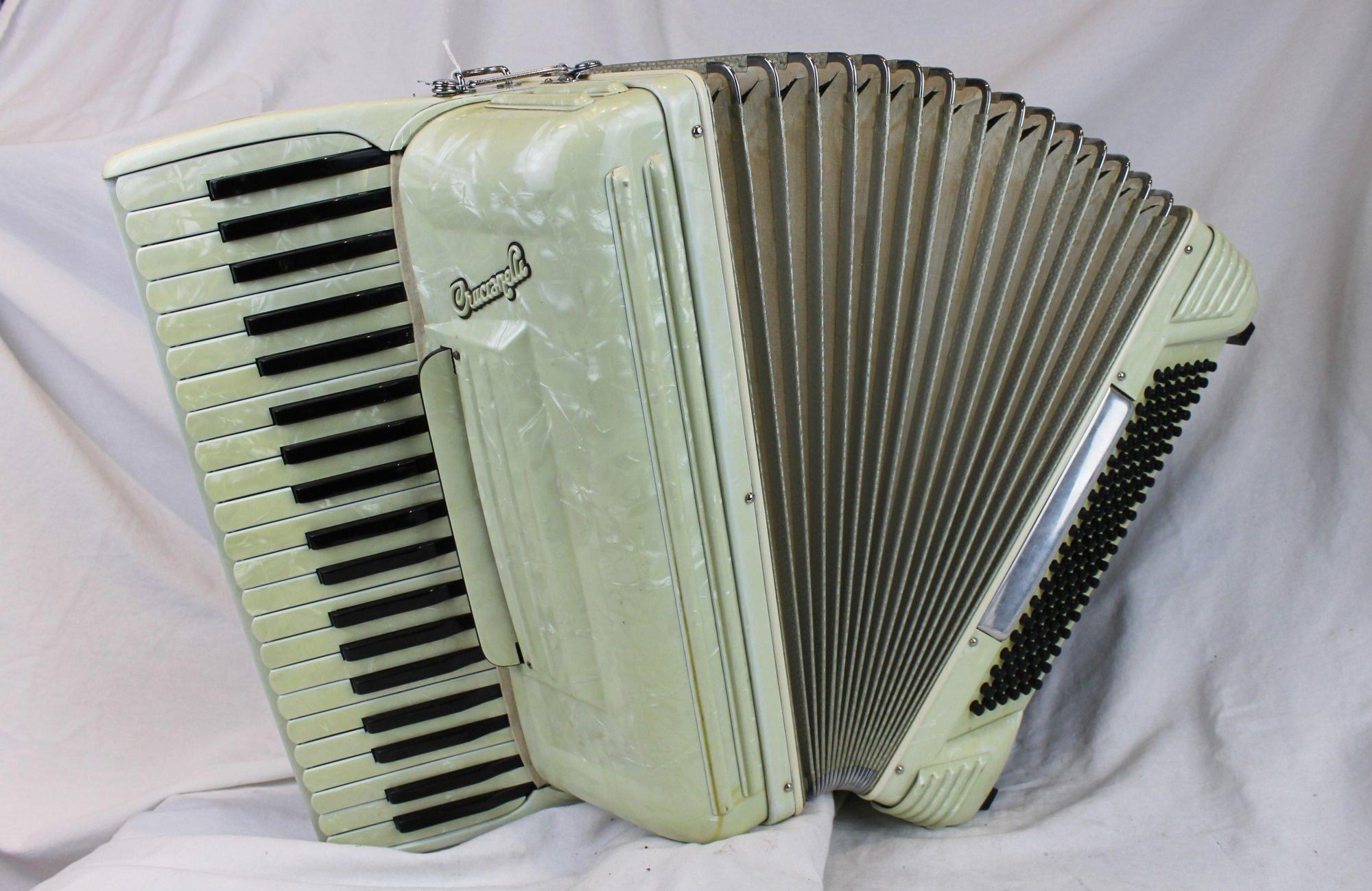 6110 - Ivory Crucianelli Piano Accordion LMM 41 120