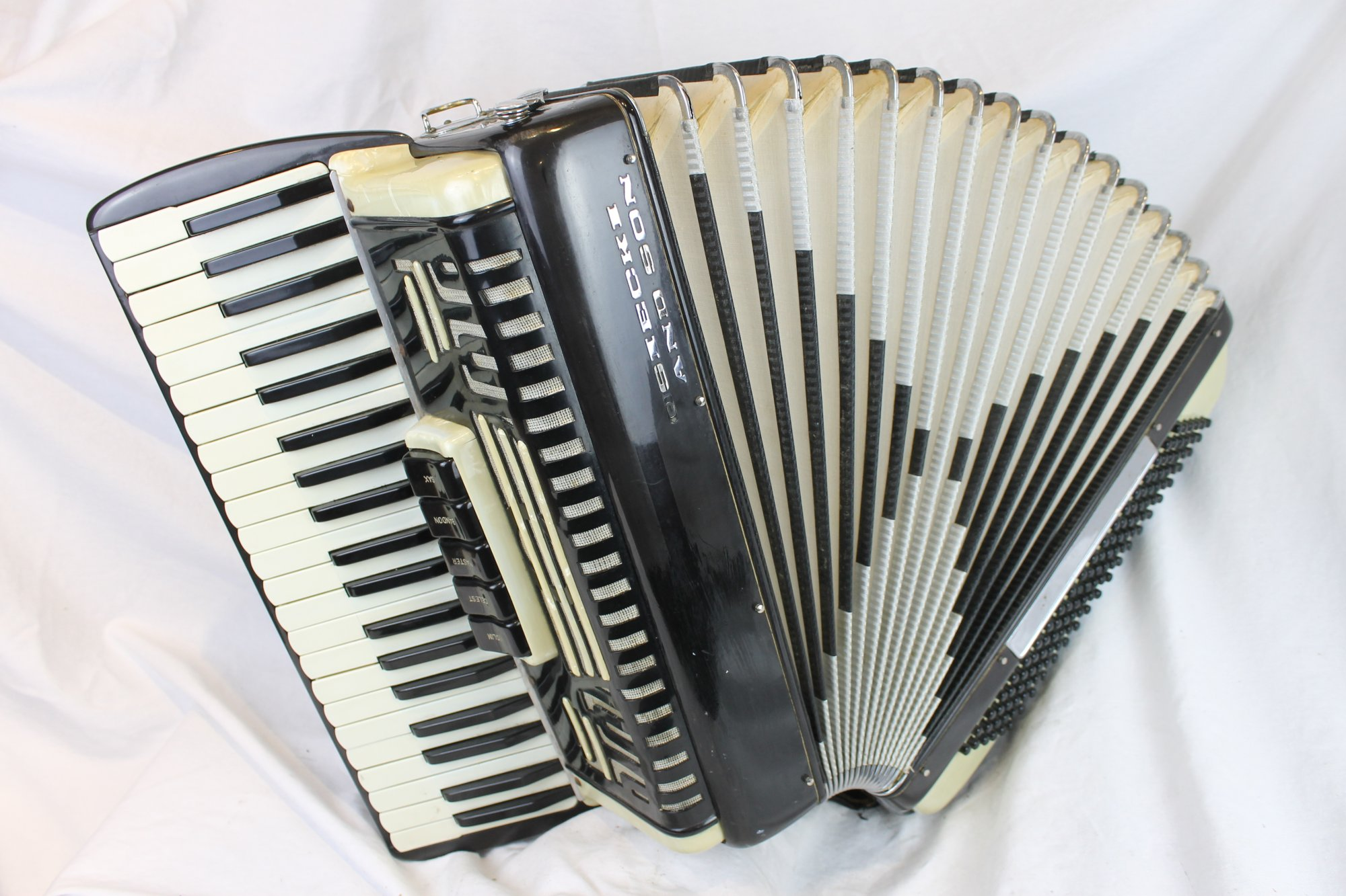 6118 - Black and White Osiecki & Son Piano Accordion LMM 41 120
