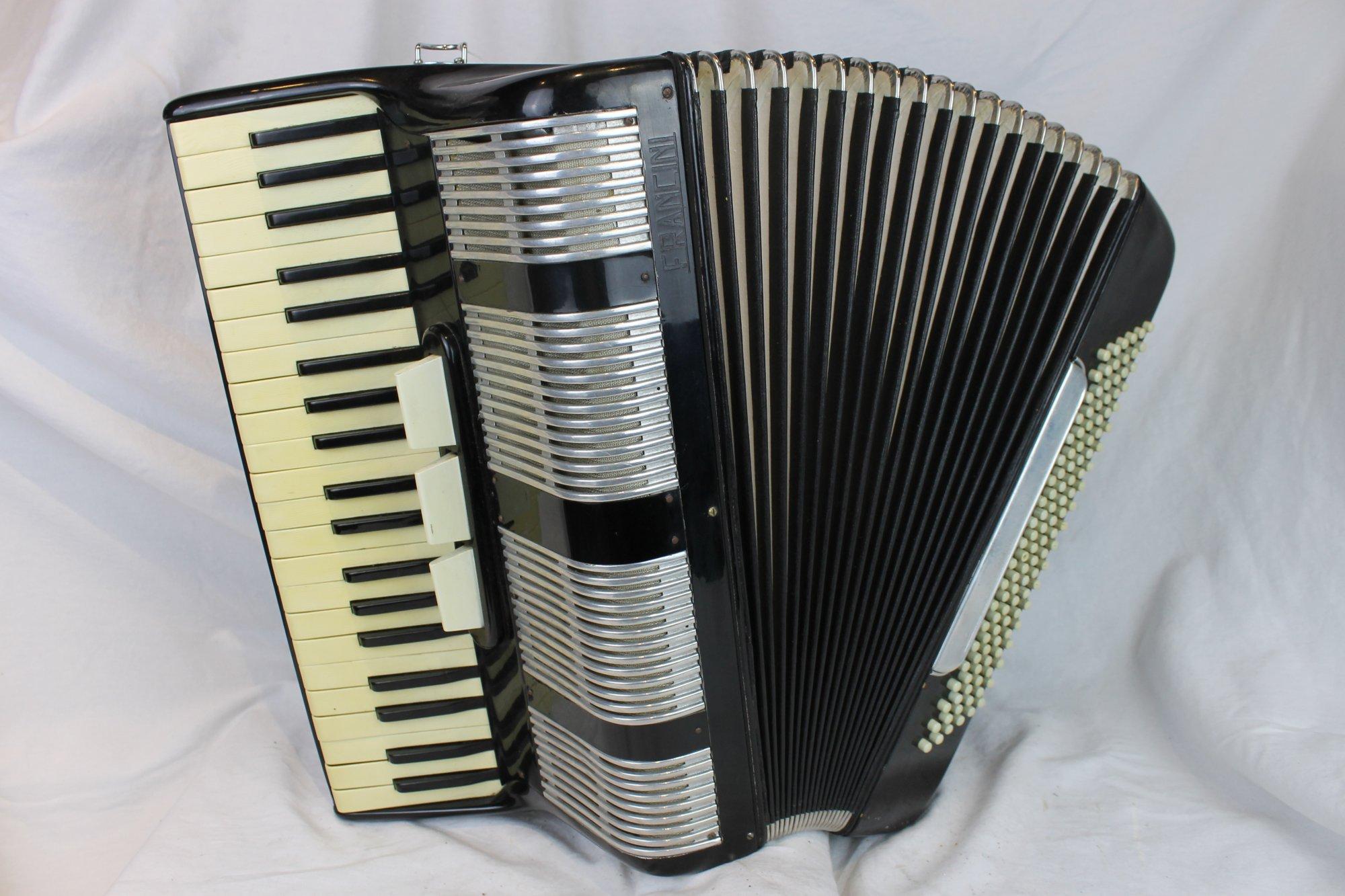 6133 - Black Francini Piano Accordion LMM 41 120