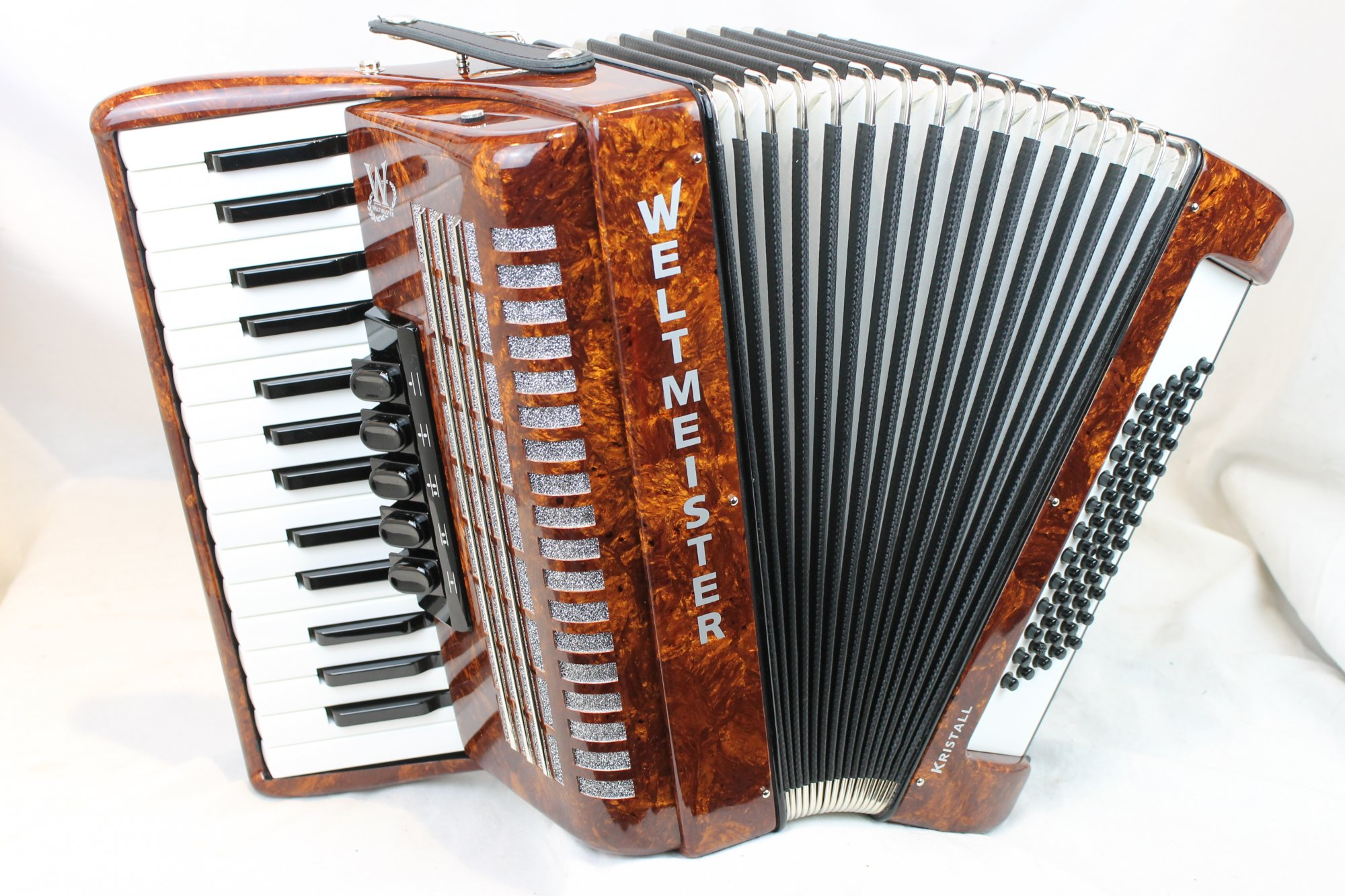 NEW Brown Weltmeister Kristall Piano Accordion LMM 30 60