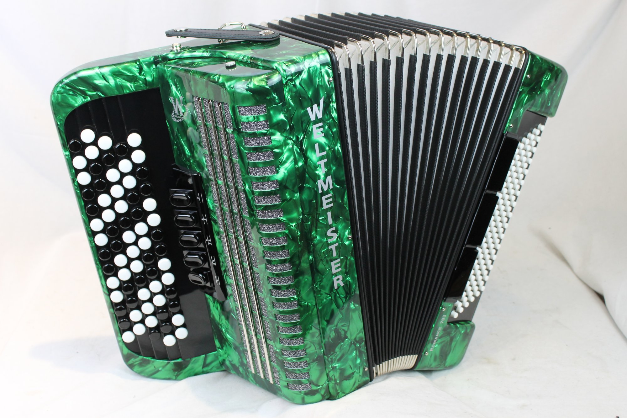 NEW Green Weltmeister Romance 703 Chromatic Button Accordion C LMM 70 96