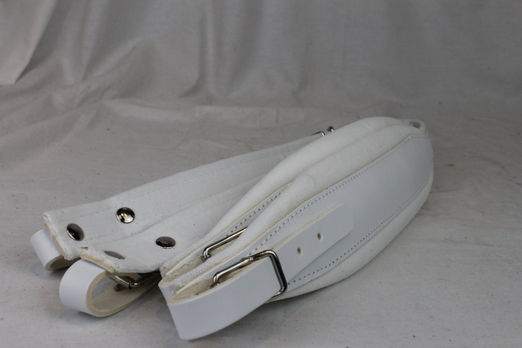 New White Leather Velour Fuselli Accordion Shoulder Straps Width (7 cm / 2.8 inch) Length (82cm-102cm / 32.3-40.2 inch)