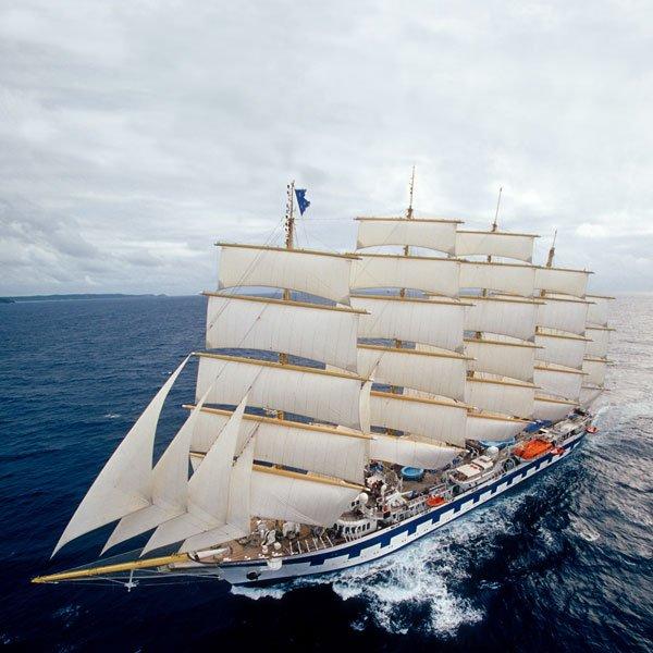 Cruise Sail Ship