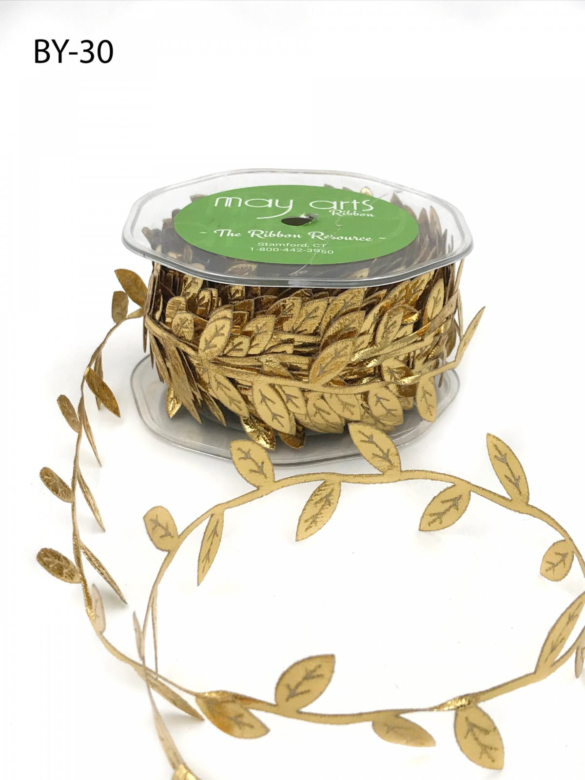 3/4 Inch Classic Leaves Ribbon Gold