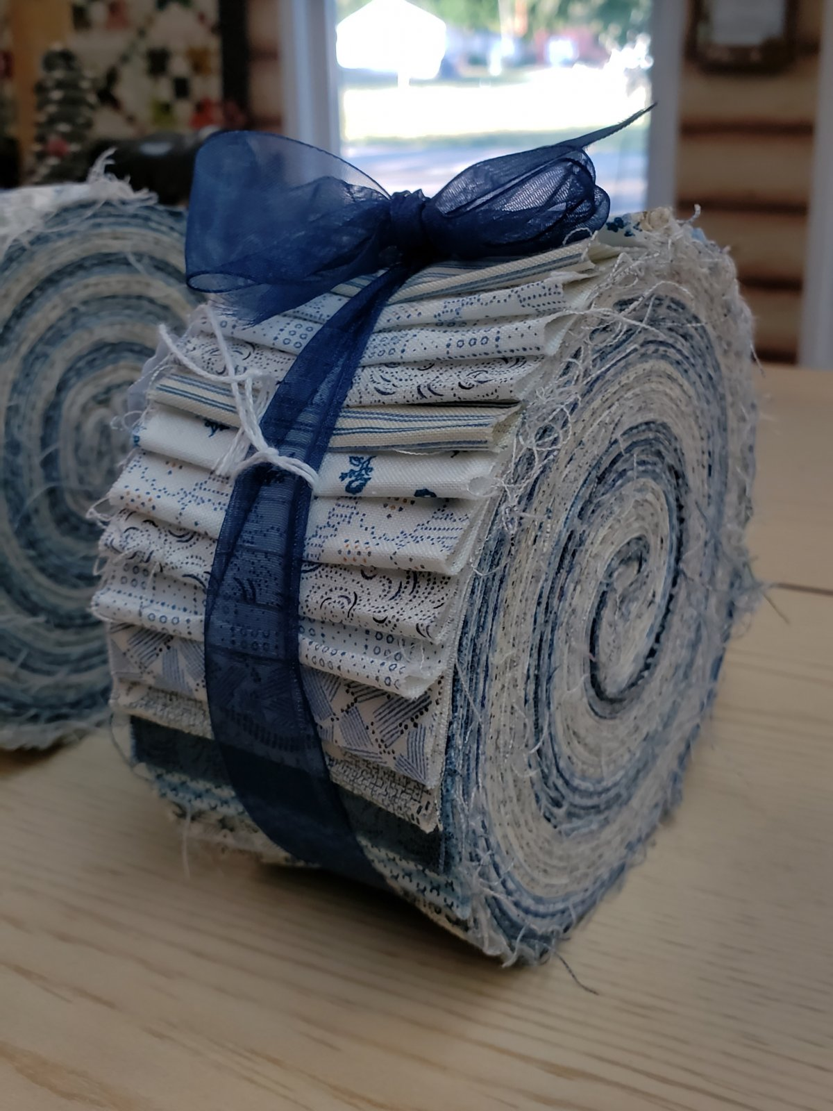 Blue and White 2.5in Strip Roll - 40 pieces
