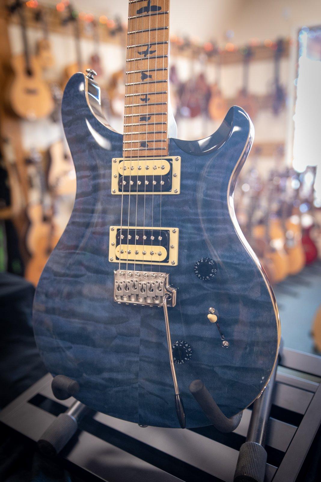 PRS SE CUSTOM 24 Roasted Maple Ltd Whale Blue