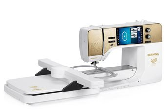 Bernina 790 Plus Special Edition Gold