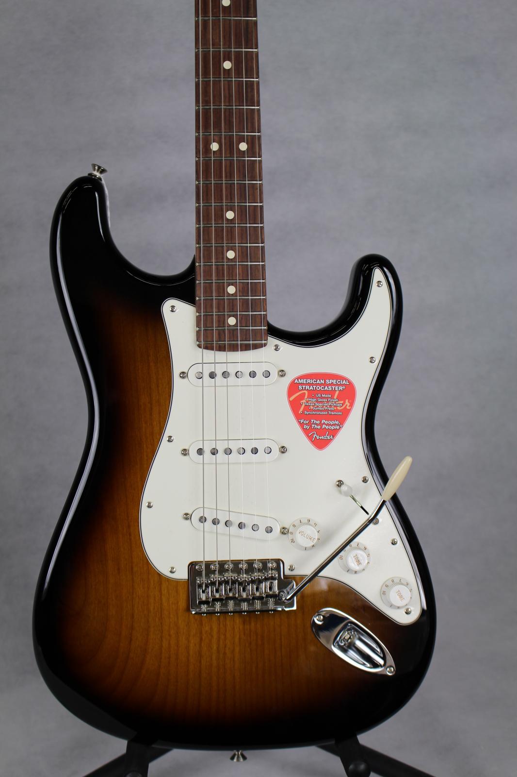 Fender American Special Stratocaster RW- 2-Tone Sunburst