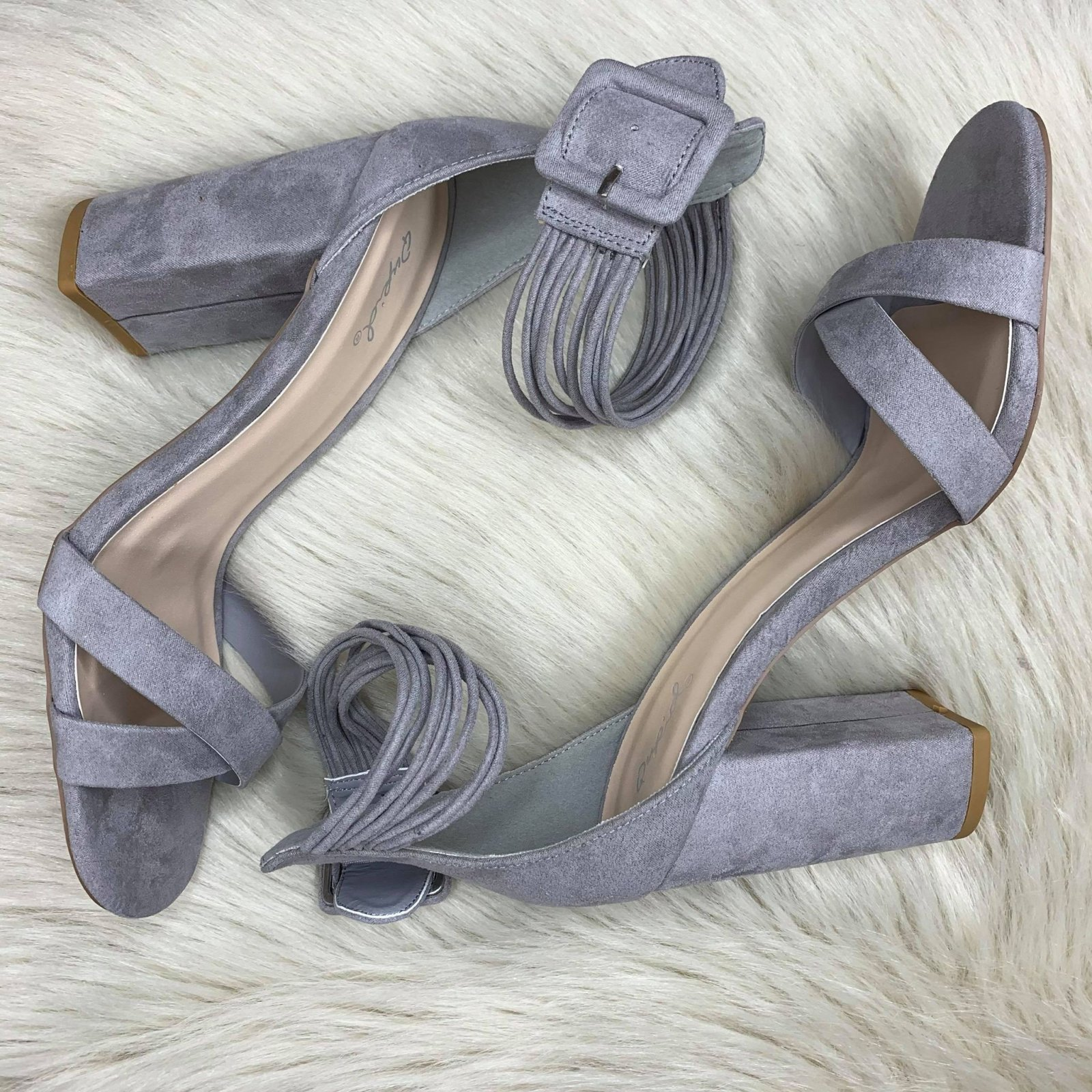 Ankle wrap heel w/ X band upper