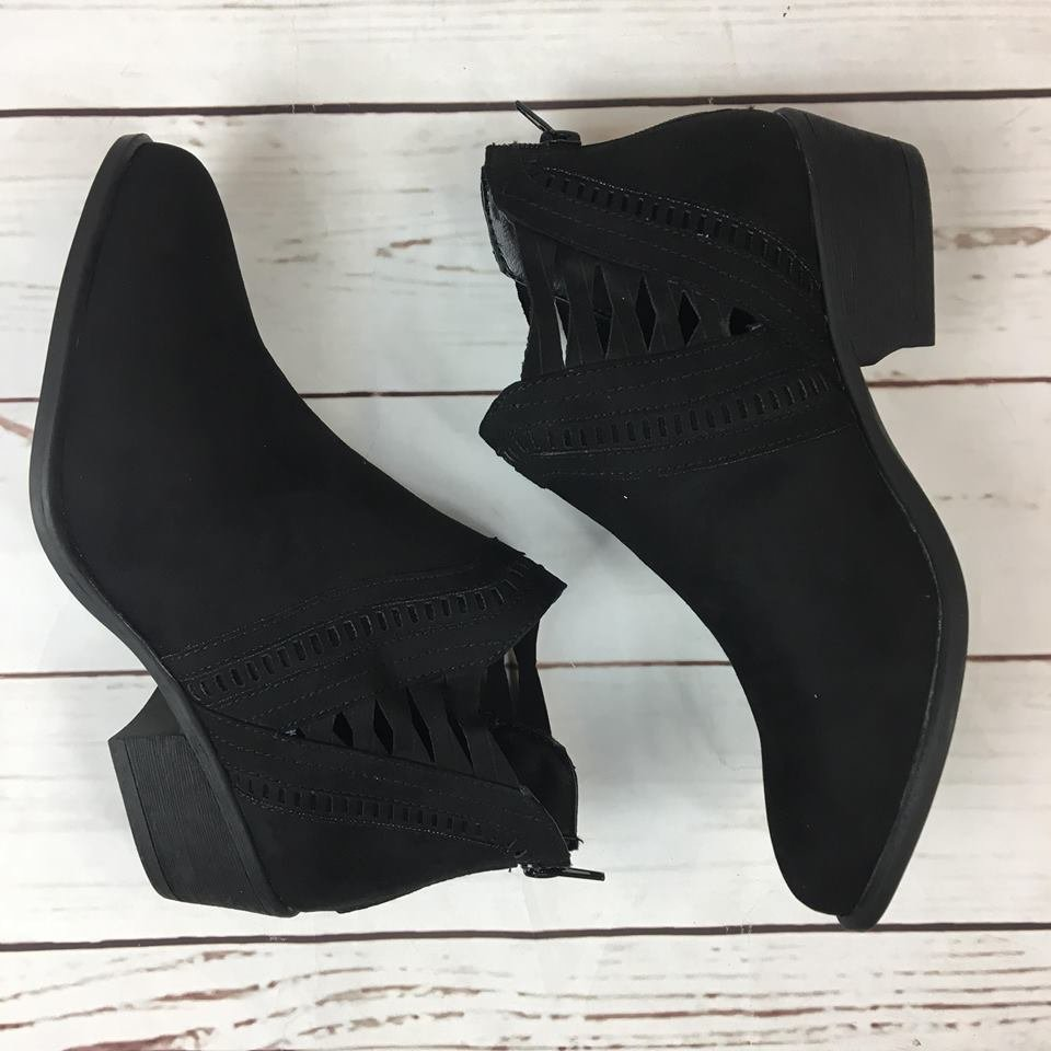 Open lace up sides
