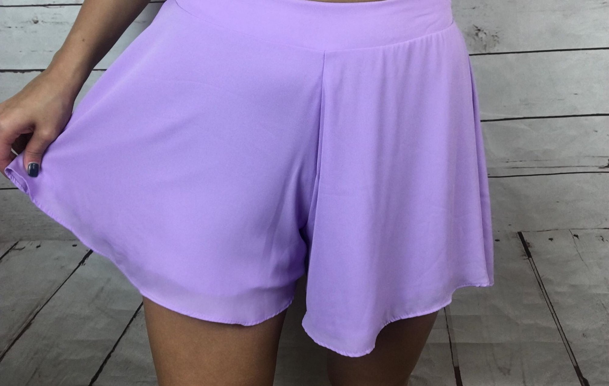 Solid swing shorts