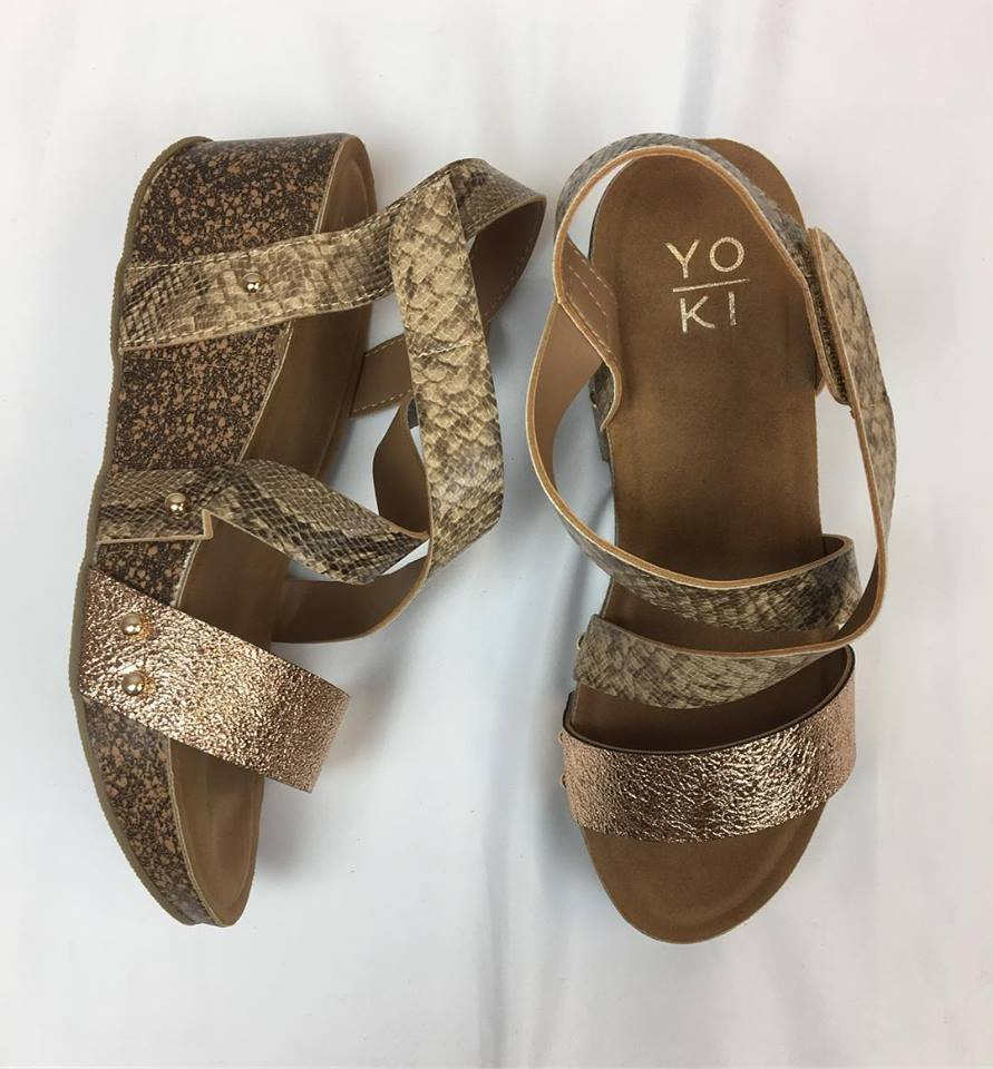 Metallic snake w/ cork-like heel