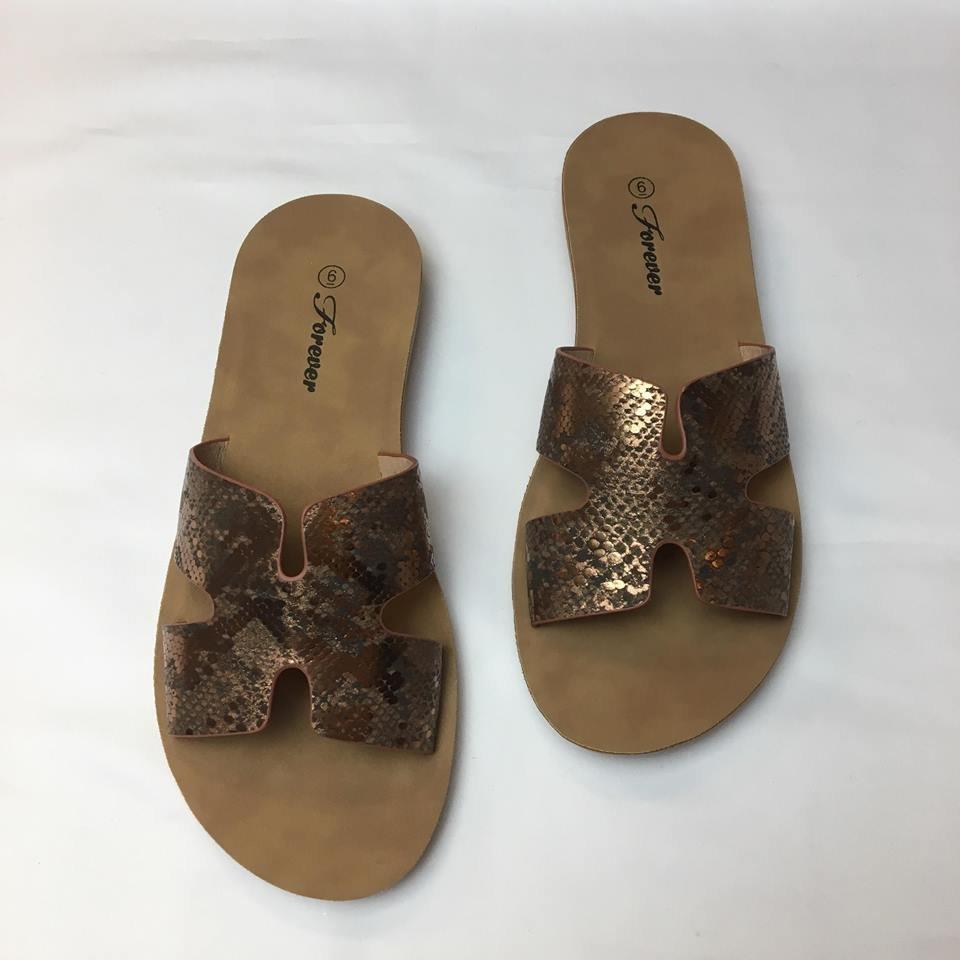 Metallic reptile slip in sandal