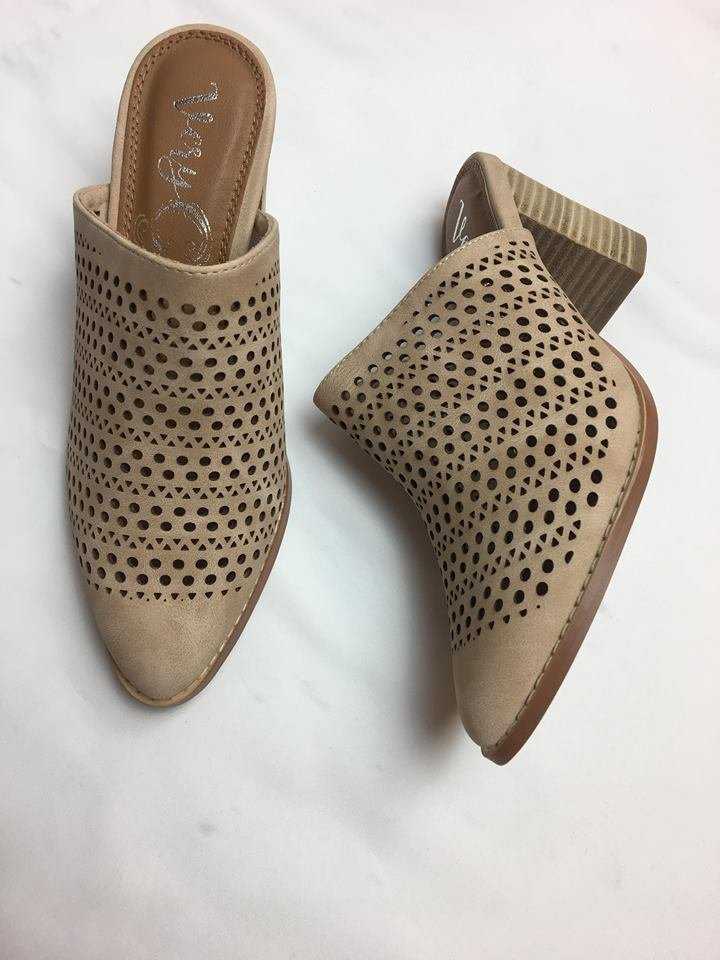 Get In Line heeled slide w/ laser cut