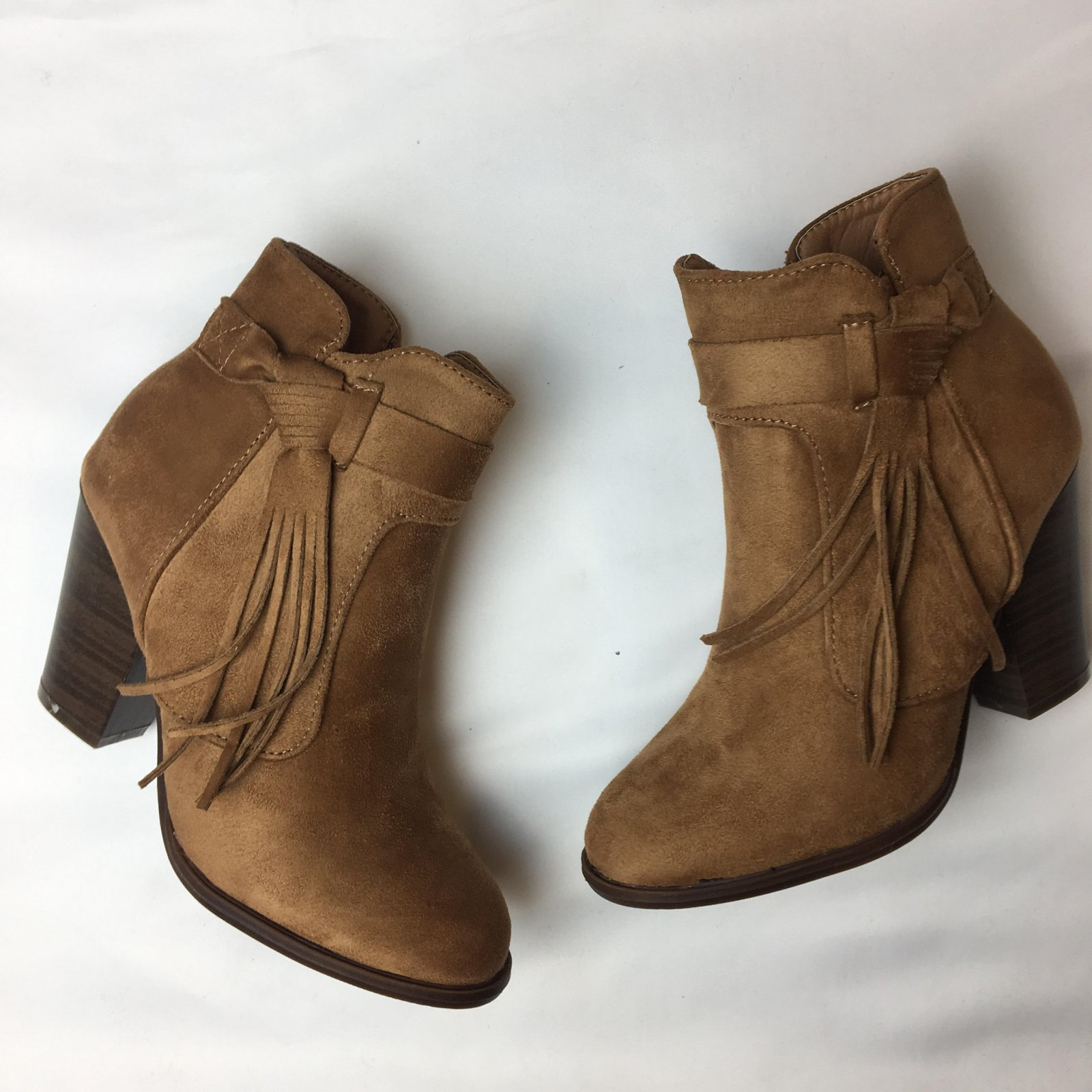 Side wrap fringe bootie