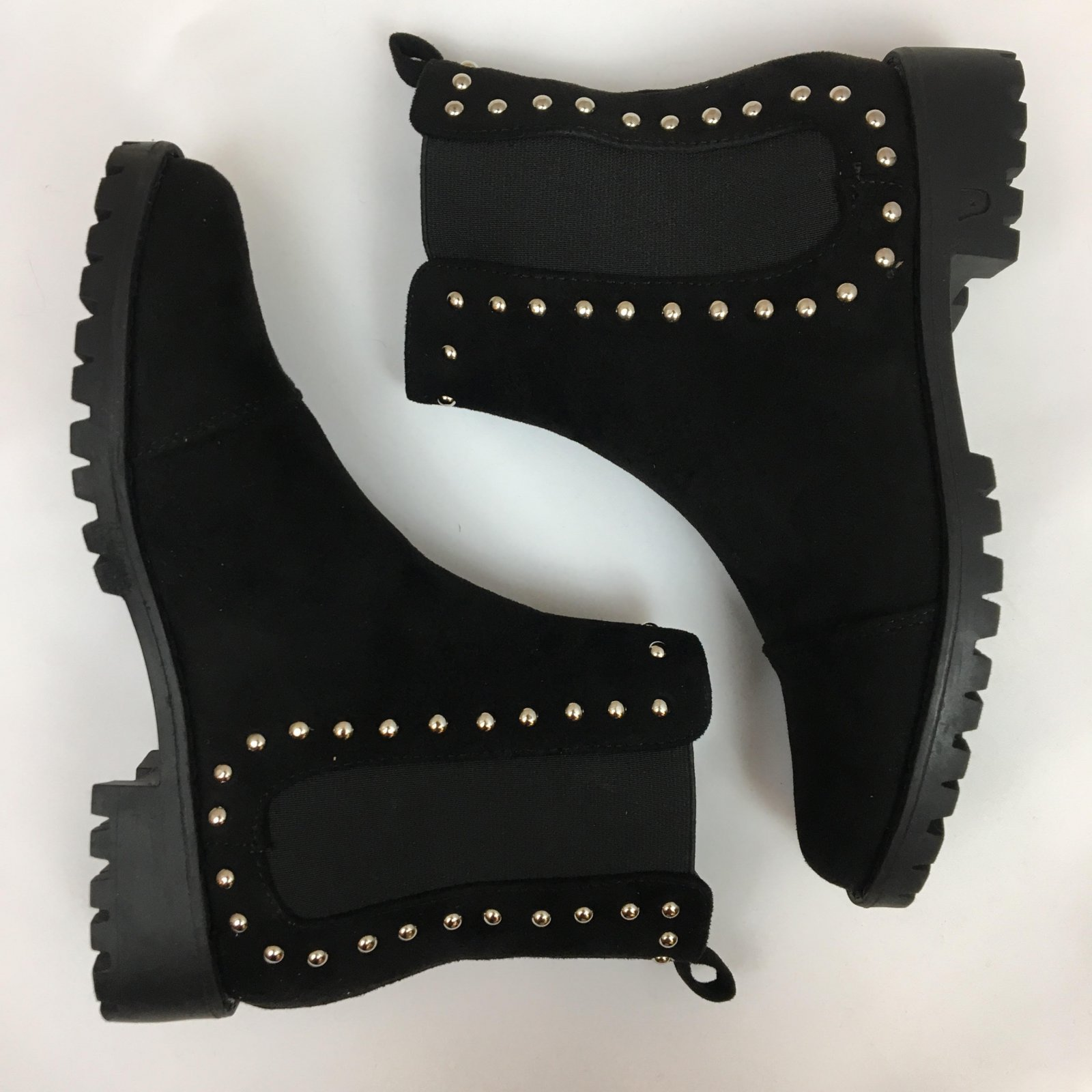 Studded sides chunky boot