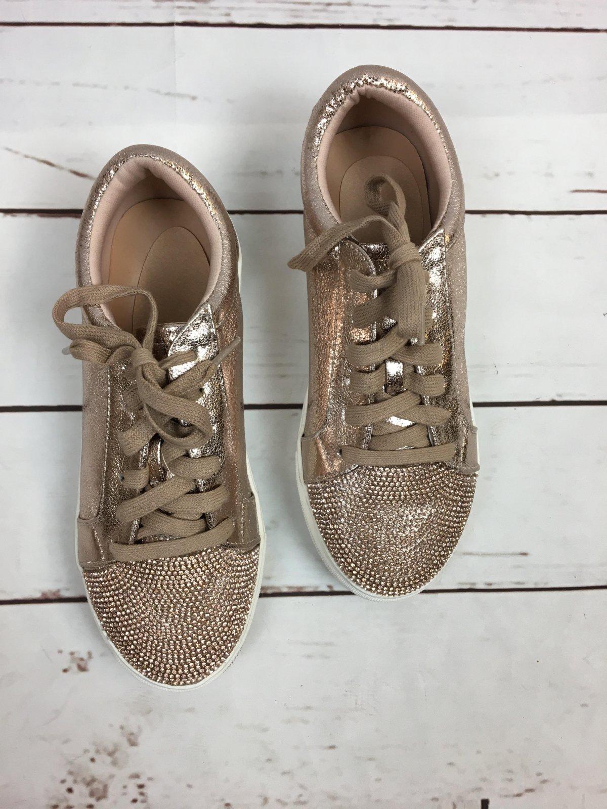 Bling toe/ metallic kicks