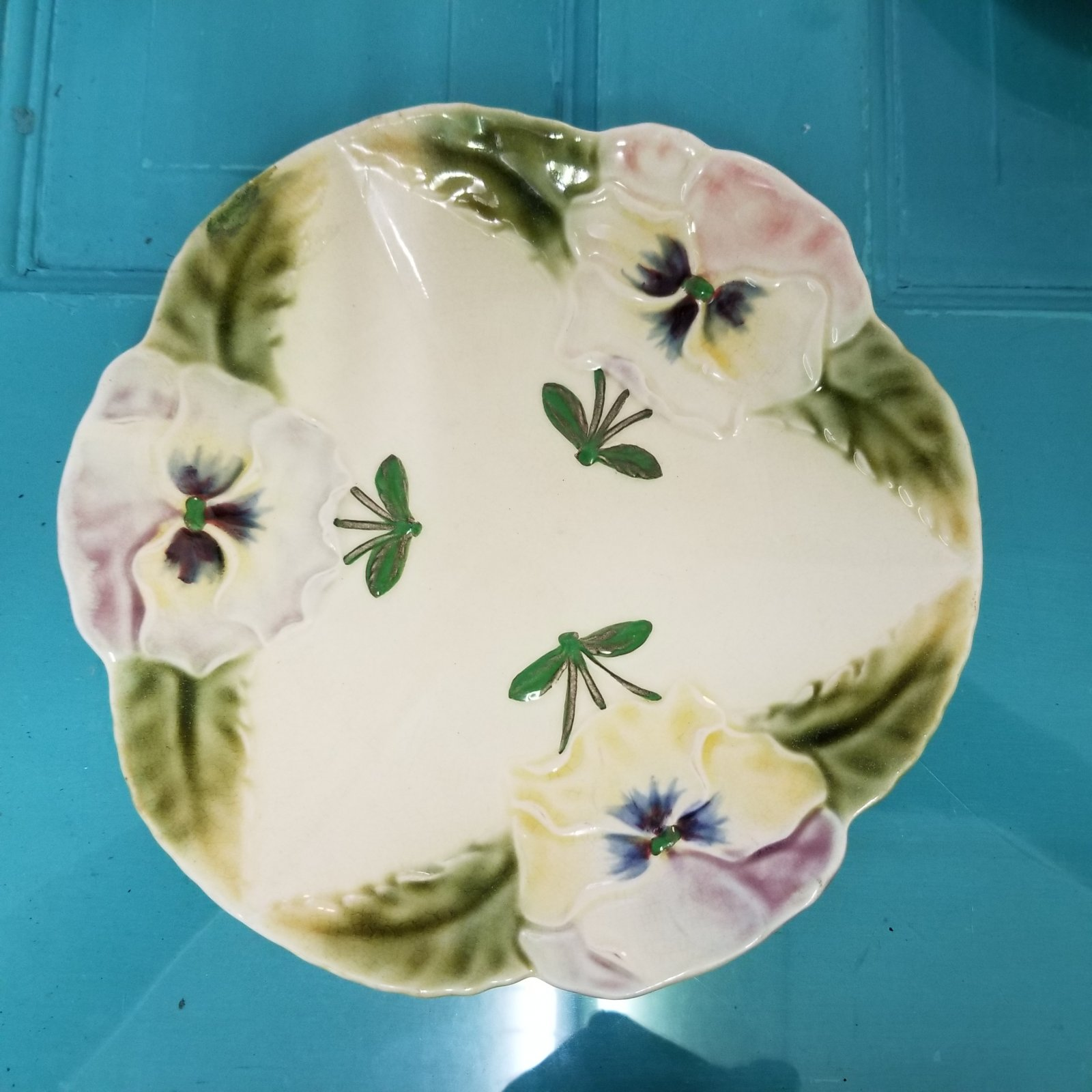 Majolica Pansy & Dragonfly Plate