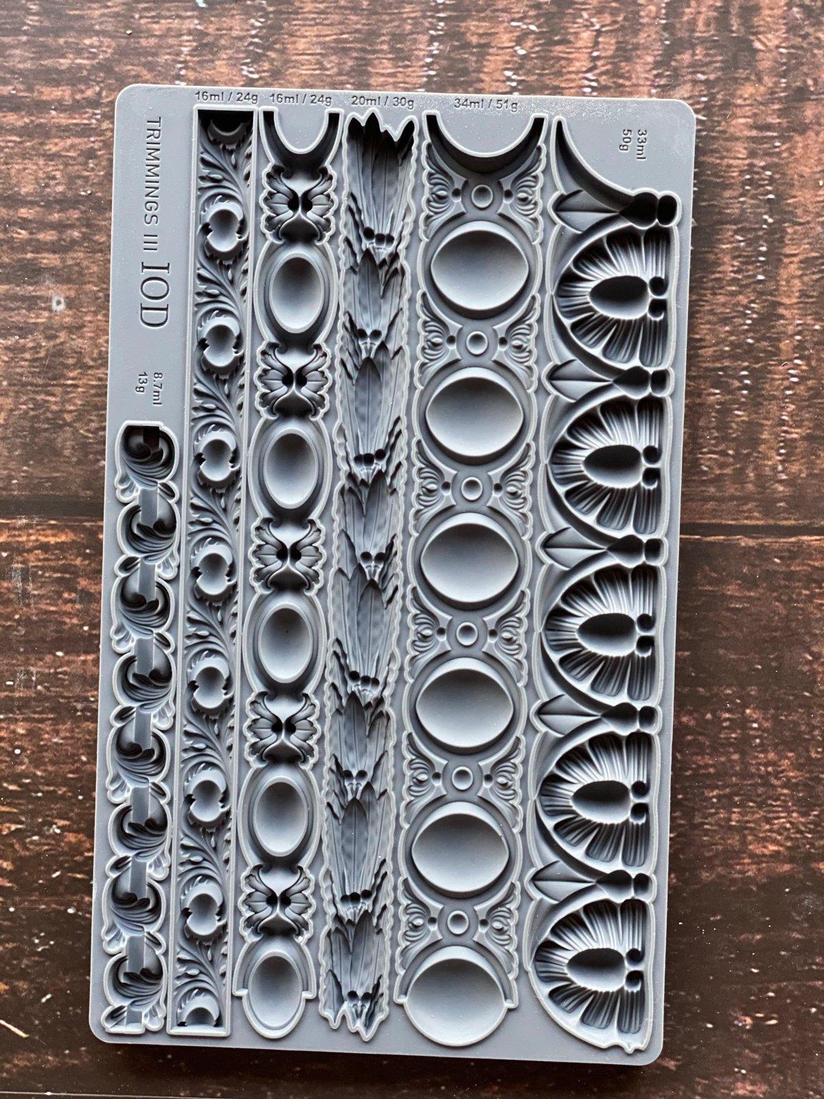 Trimmings 3 6x10 IOD Decor Moulds