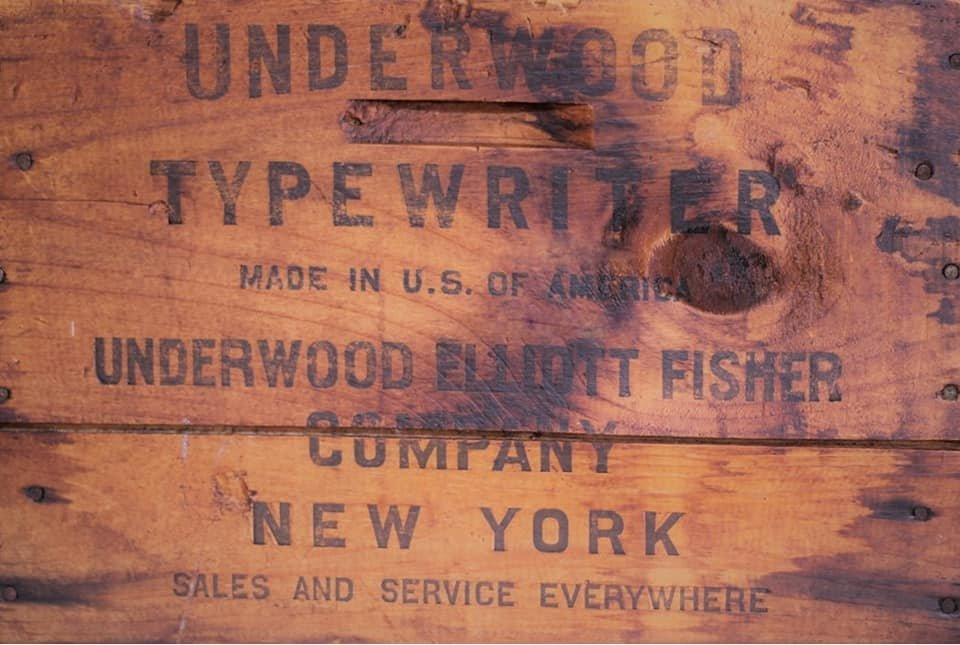 Underwood Crate 20x30 Roycycled Decoupage Paper