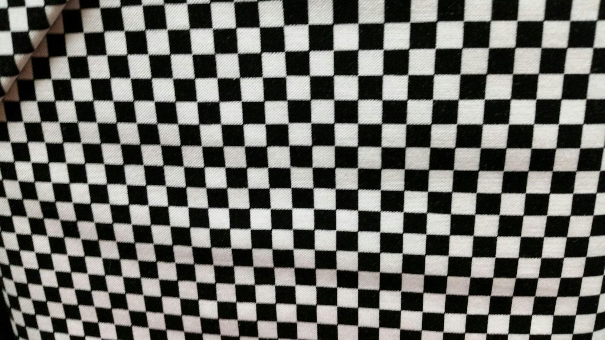 Loralie Checkerboard Black/White