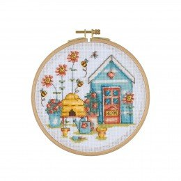 DCS05 Cross Stitch Kit with Wooden Hoop