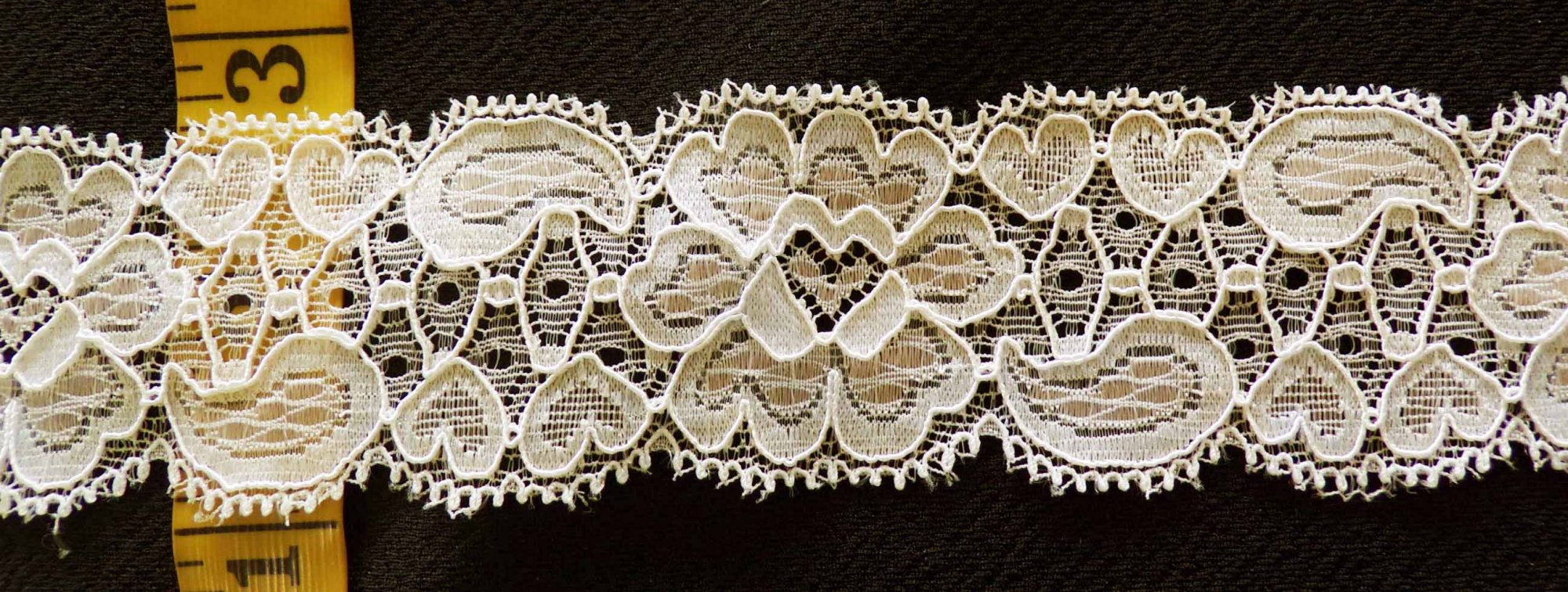 1 3/4 Beige Stretch lace (BGSL341B)