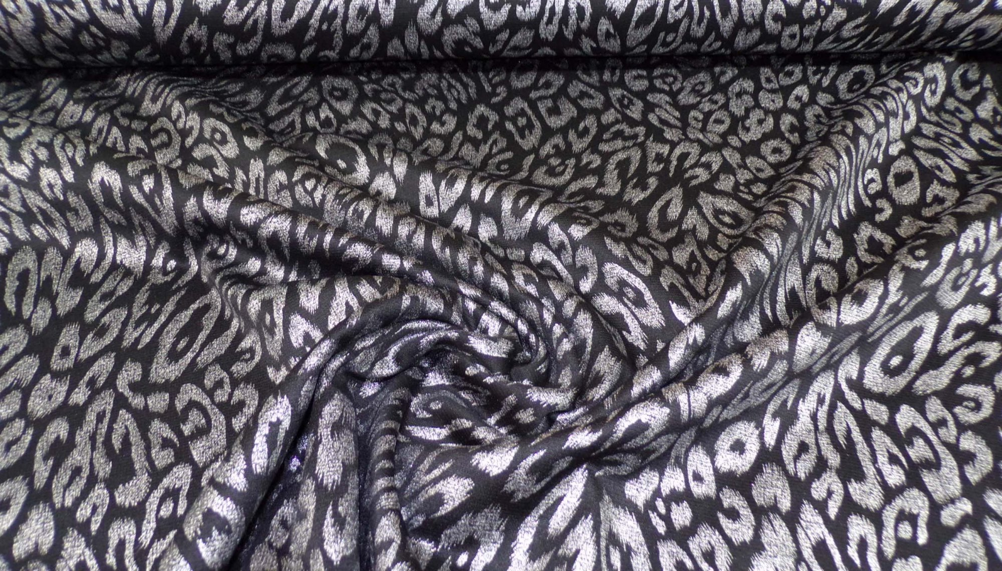 Silver and Black Ponte (Scuba) Knit - 8 oz - 58in
