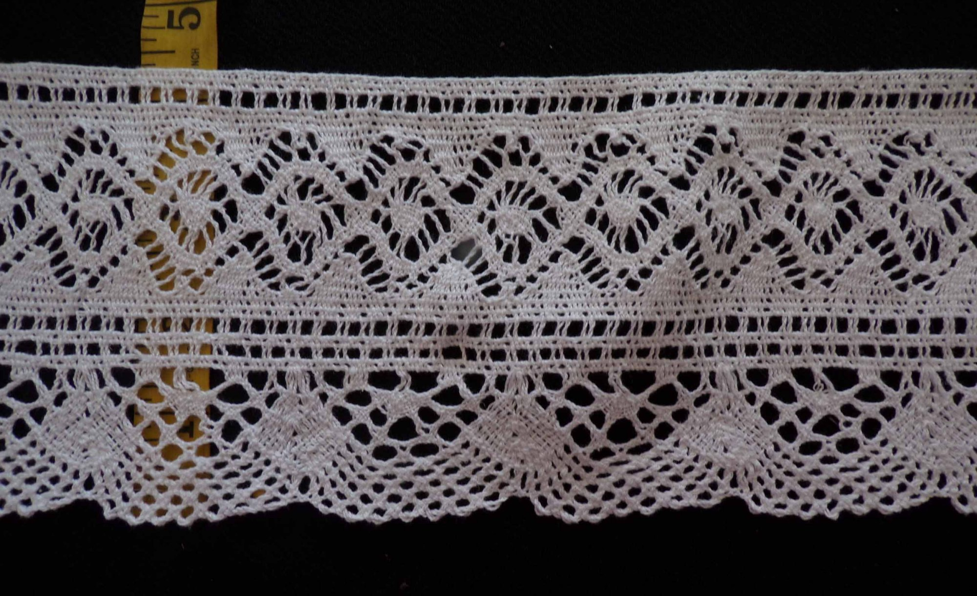 4 Cluny Lace - White