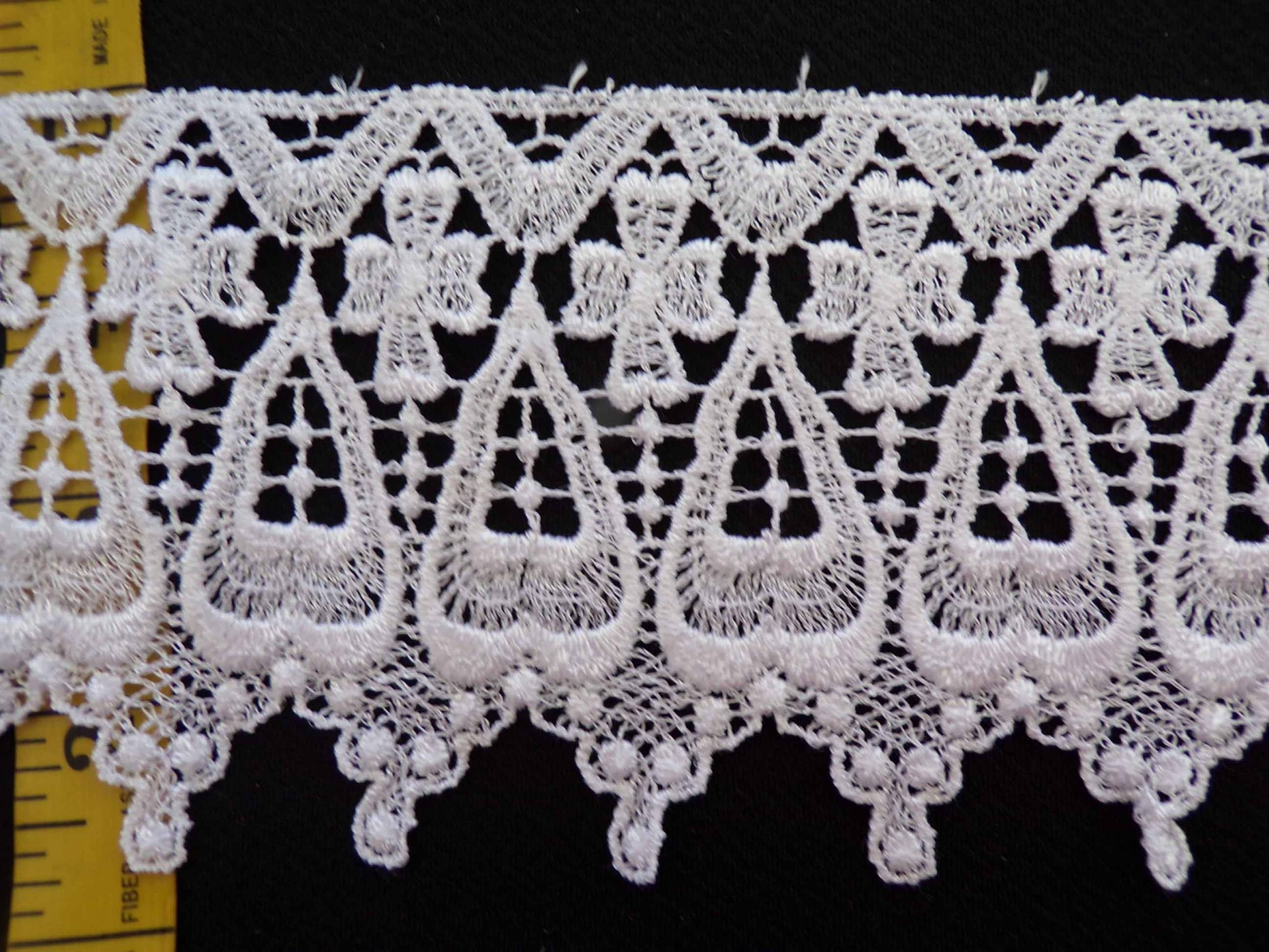 4 Venice Lace - White