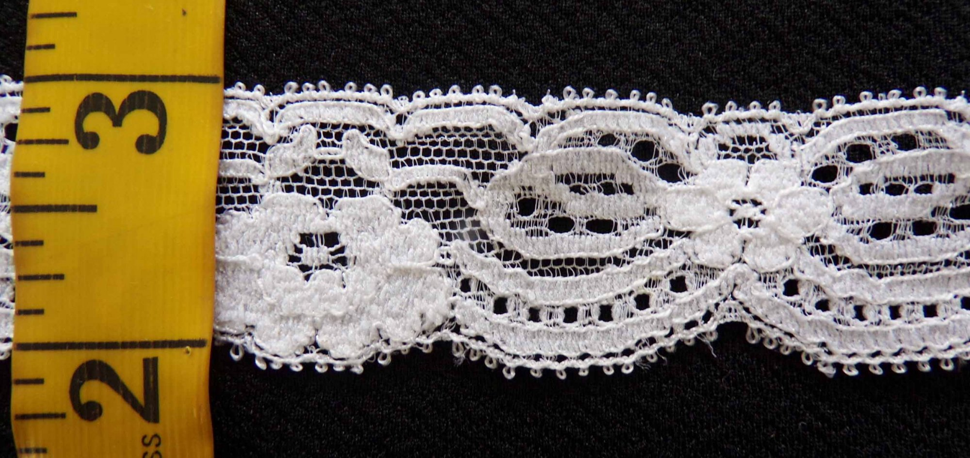 1 3/8  Rigid Lace - White