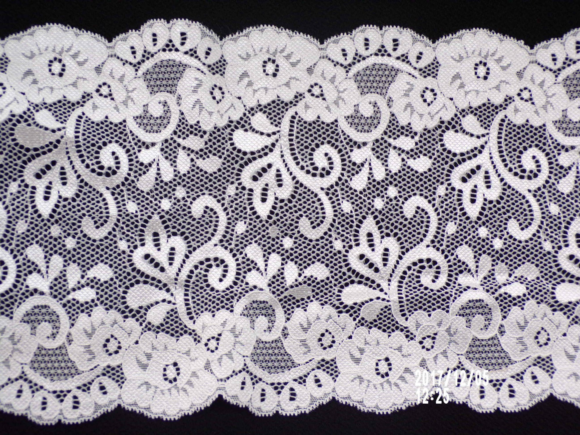 7in Raw White stretch lace (SL364)