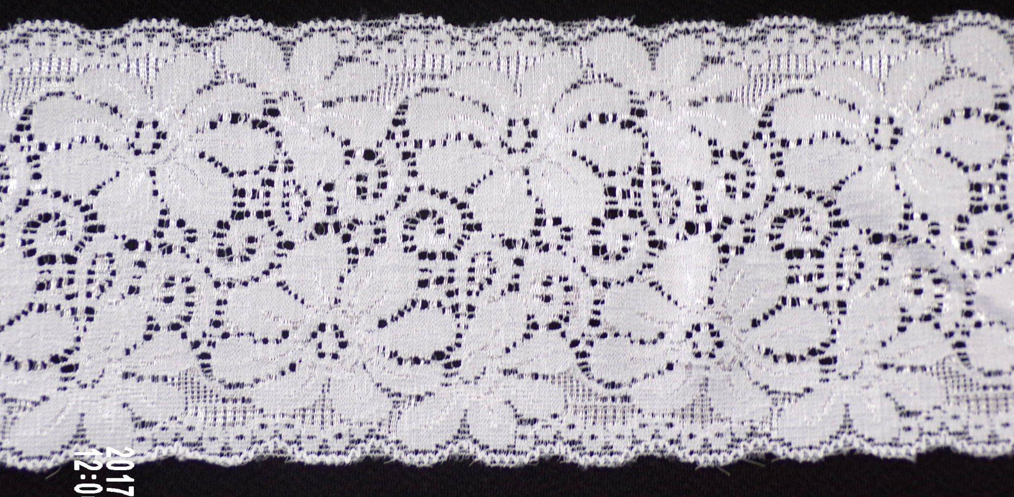 3 1/2in White stretch lace (SL428)