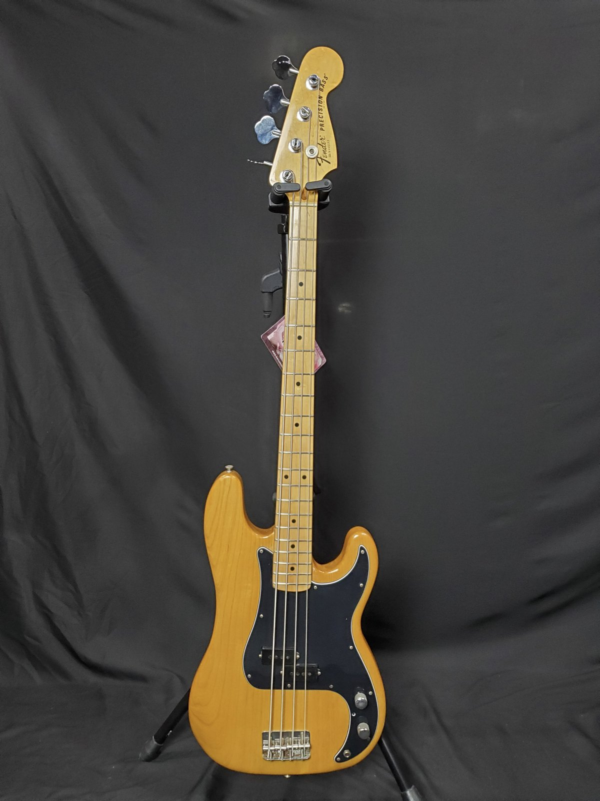 Fender P Bass 1978 With case