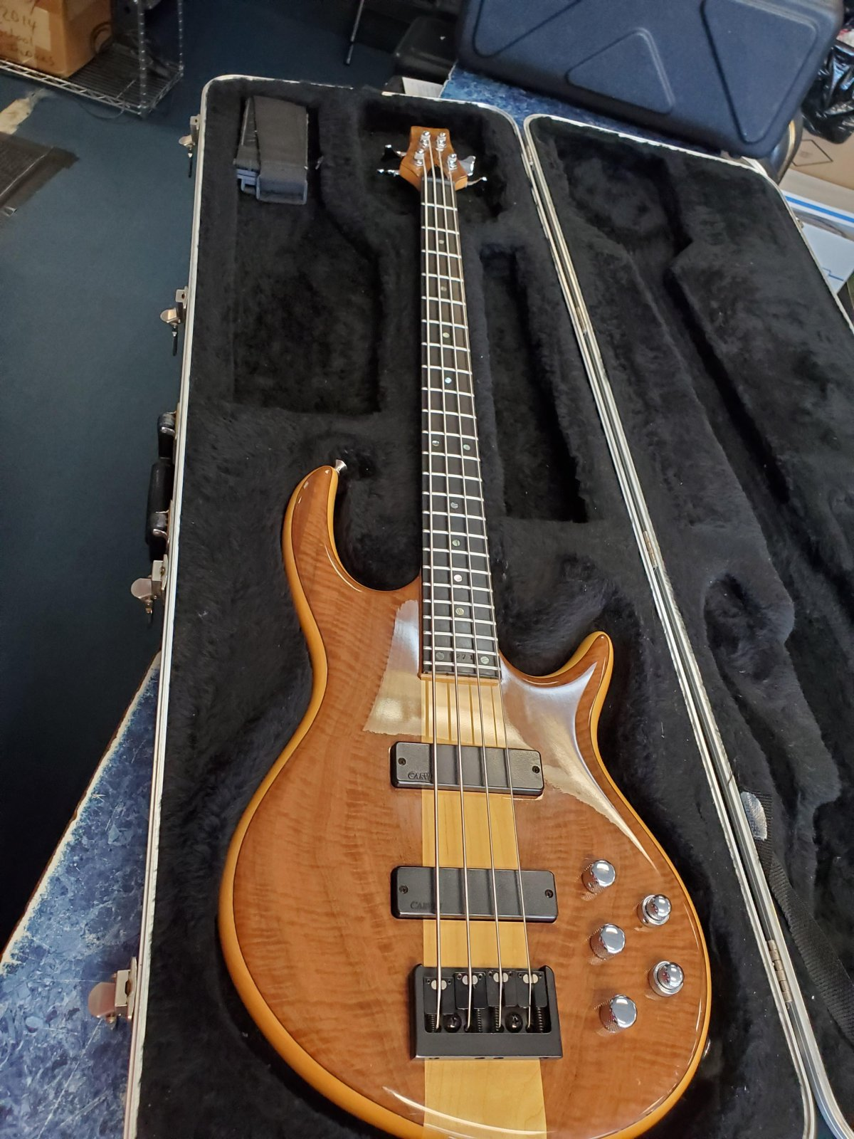 Carvin Icon 4 string Bass
