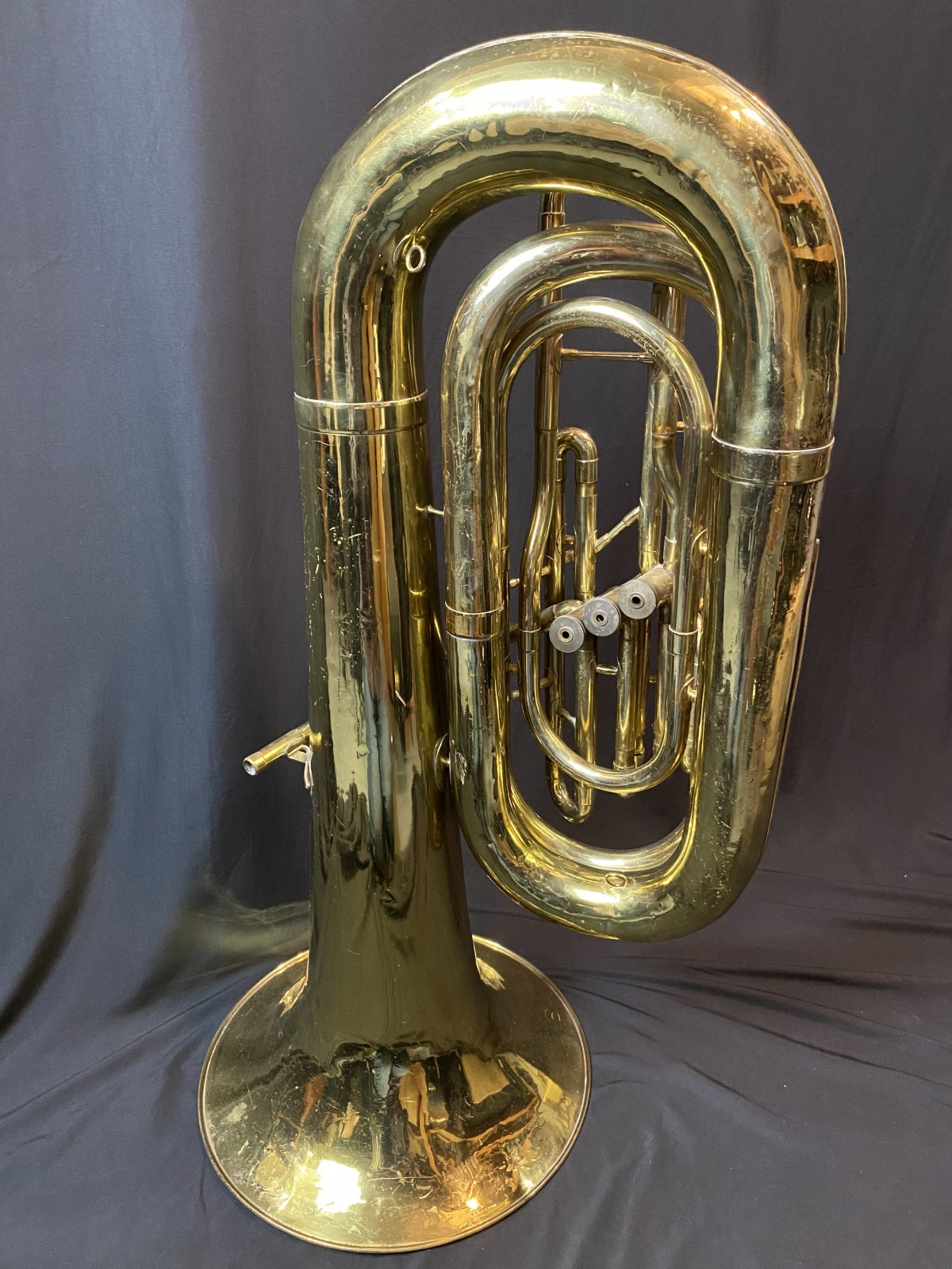 FE Olds & Sons Tuba (used)