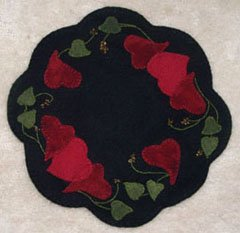 Ring of Hearts Wool Applique Pattern