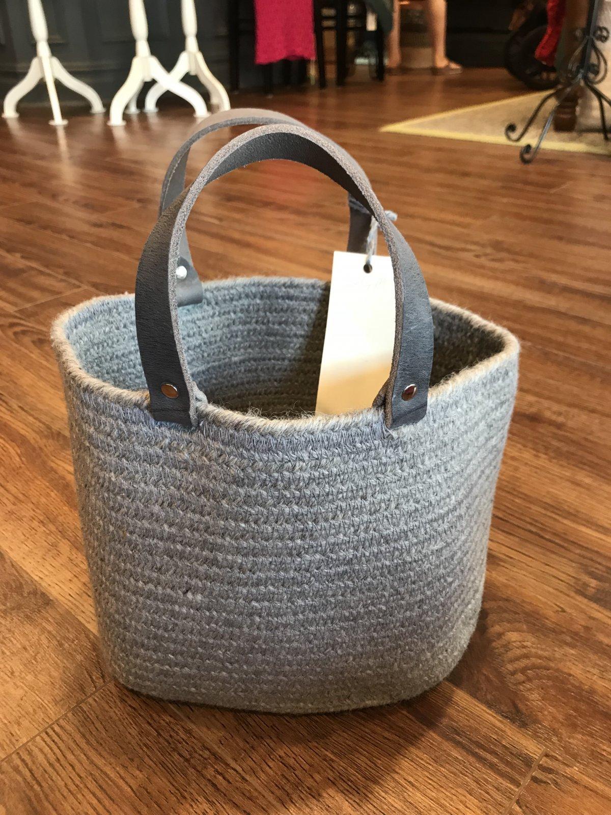 Aalta Wool Basket Small Grey