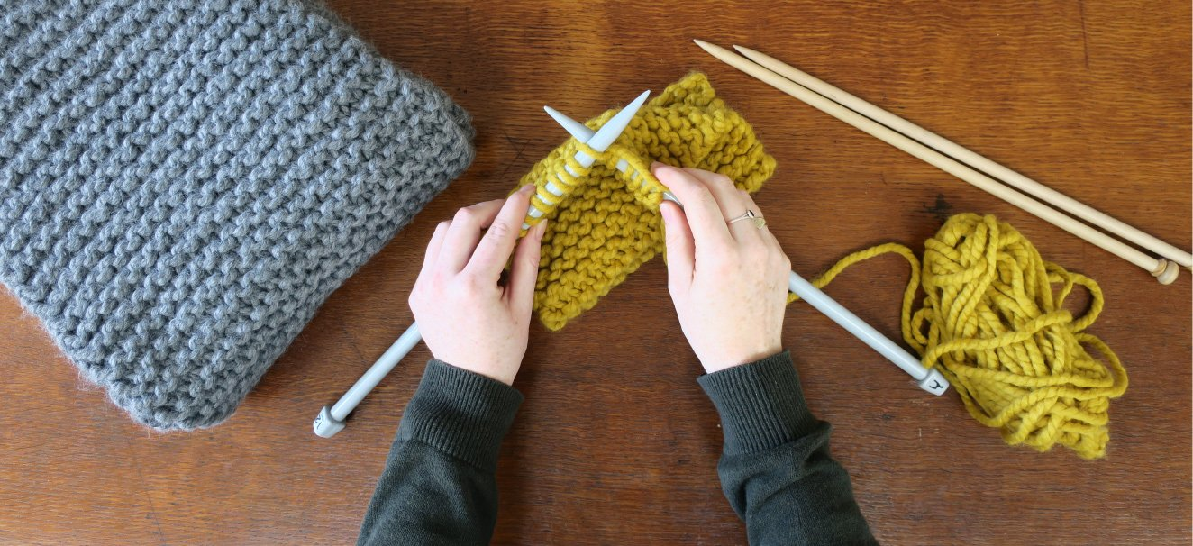 Beginners Learn To Knit