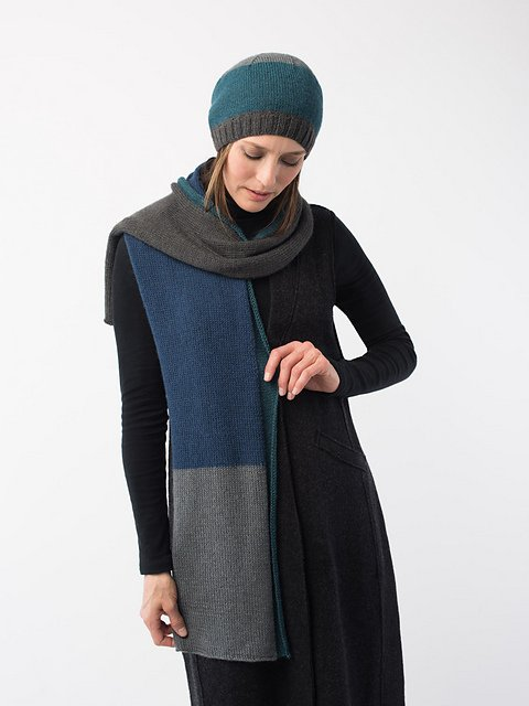 DISTRICT Scarf & Hat