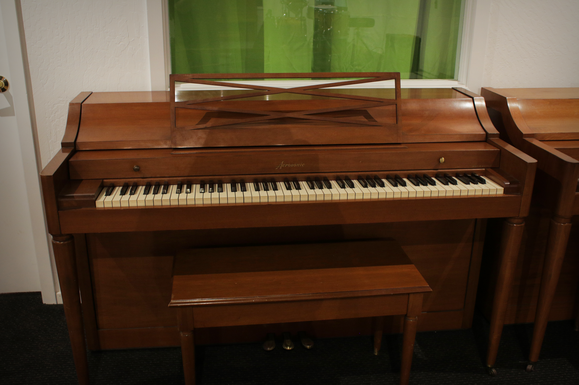 Baldwin Acrosonic Spinet Piano - Polished Walnut