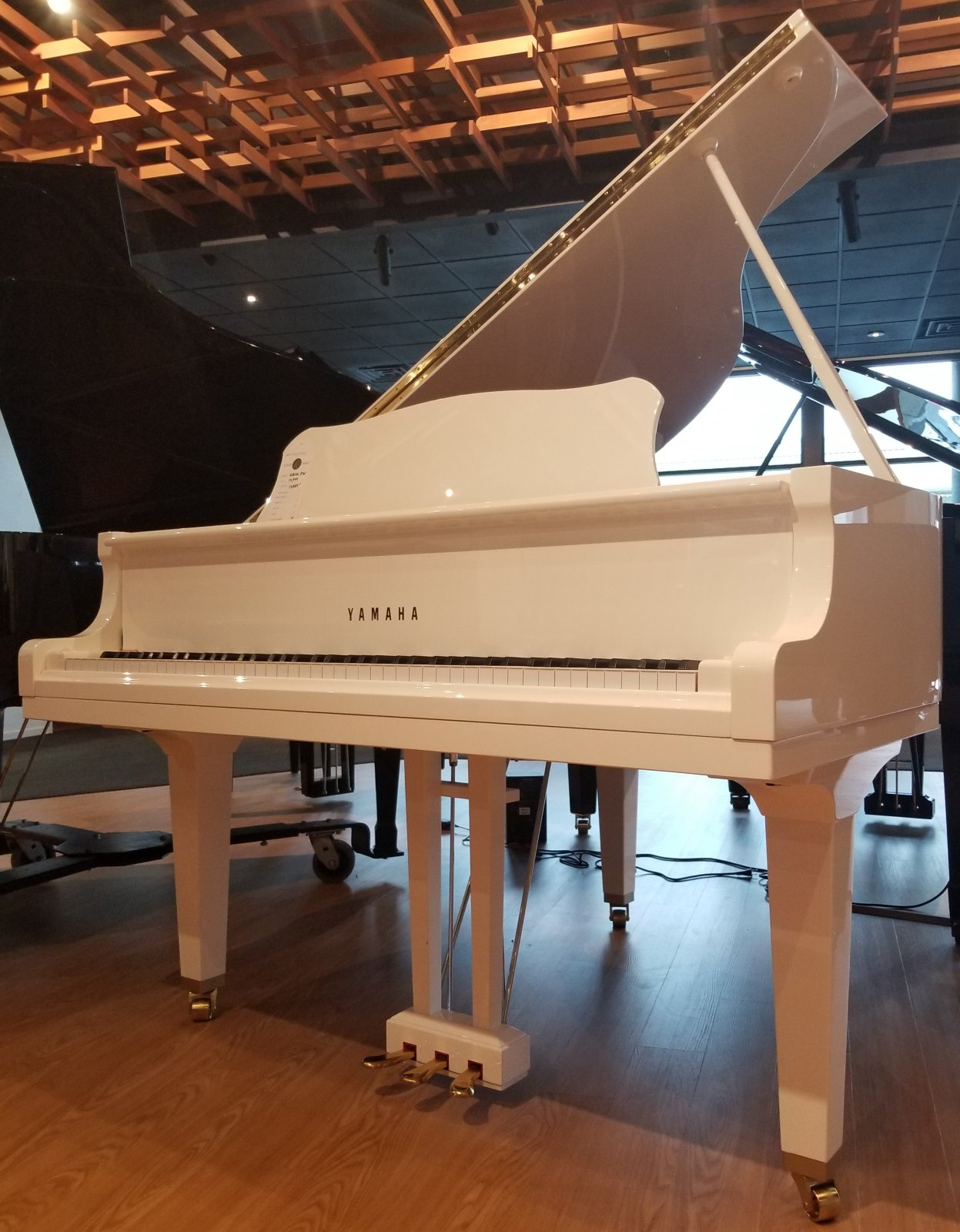 Yamaha GB1K Polished White Baby Grand
