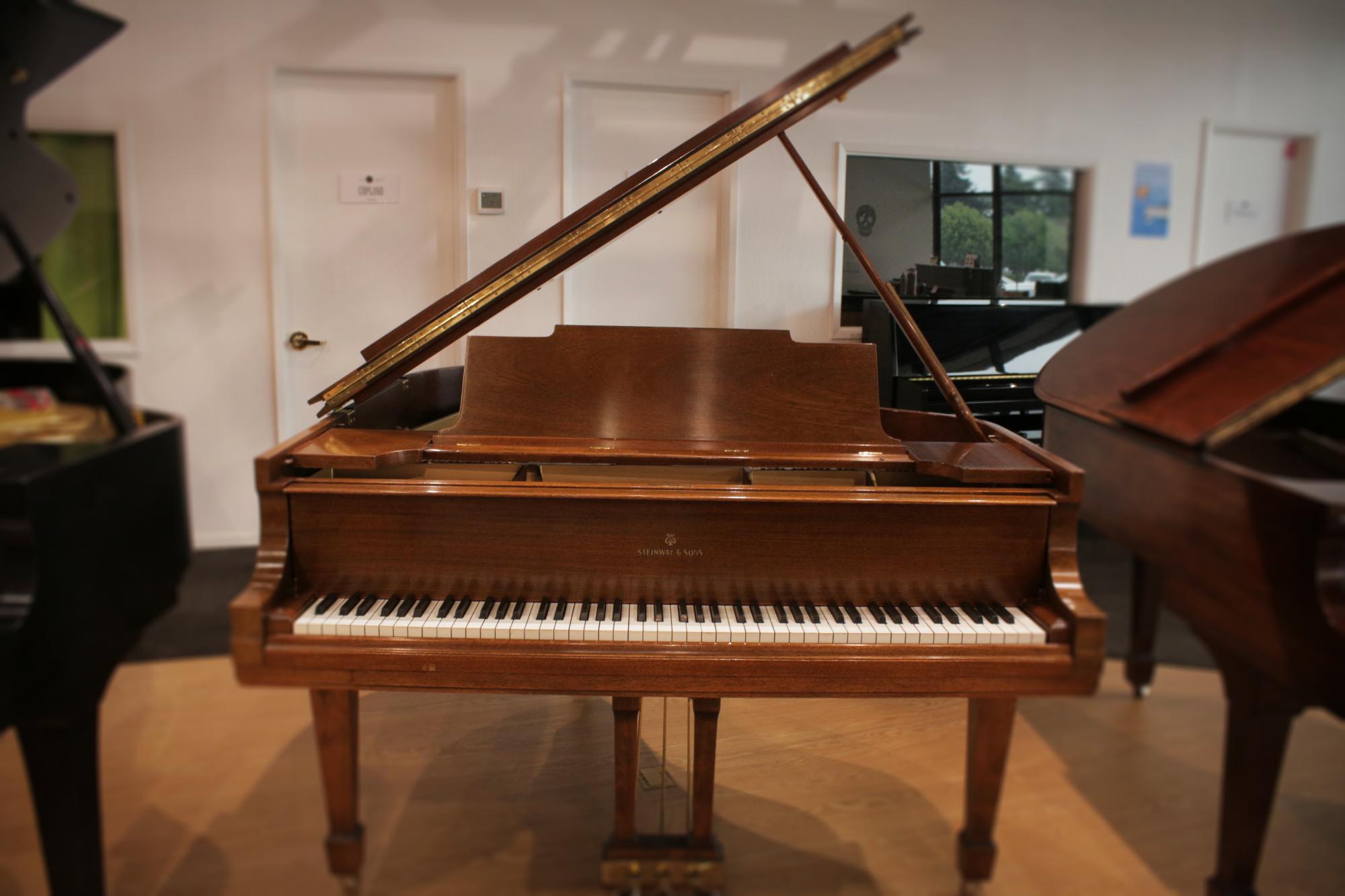 Steinway M Grand Piano Mahogany 1924