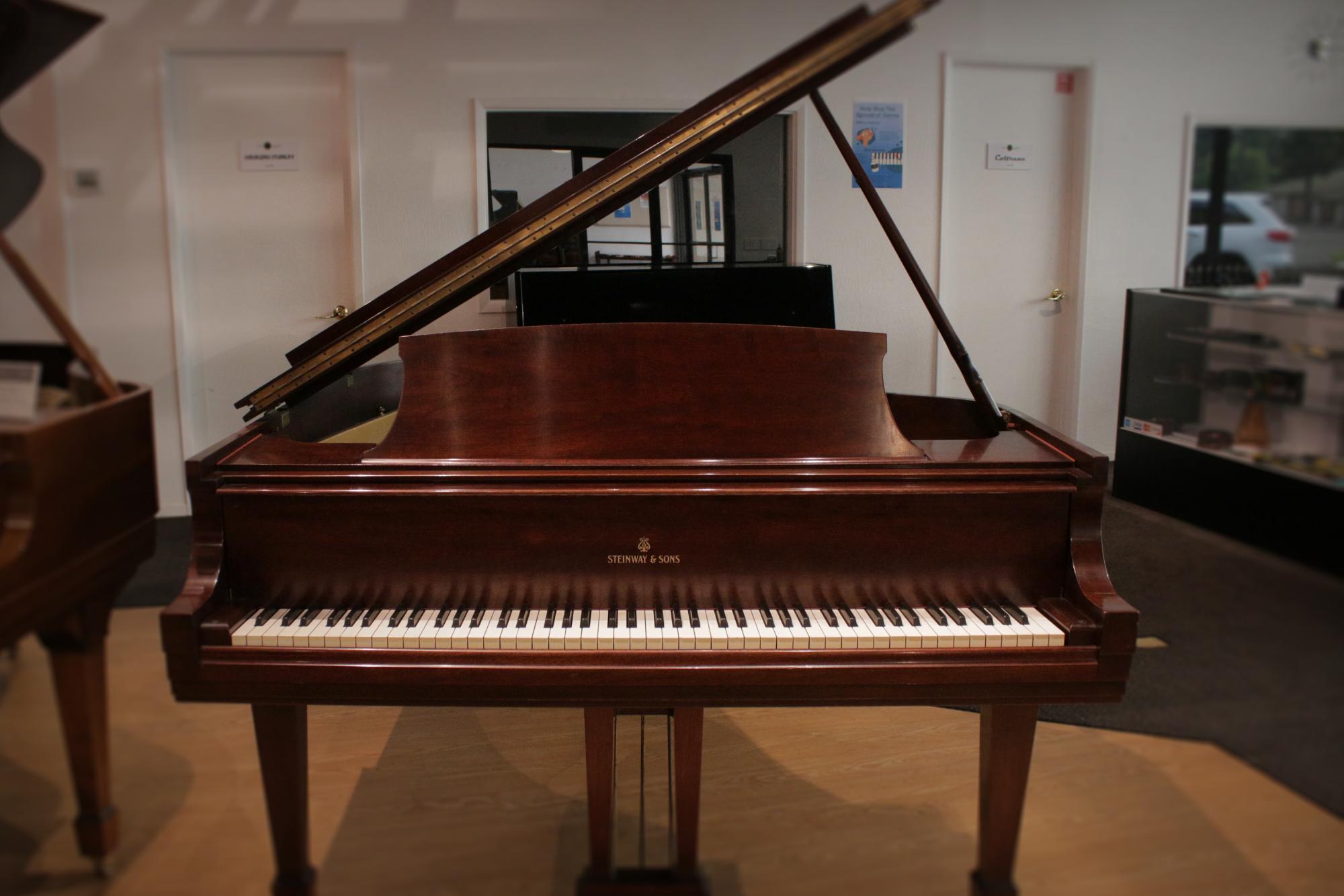 Steinway M Grand Piano 1947