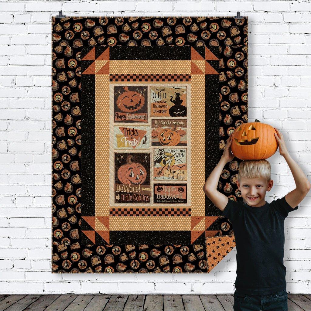 Retro Halloween Panel Quilt Kit