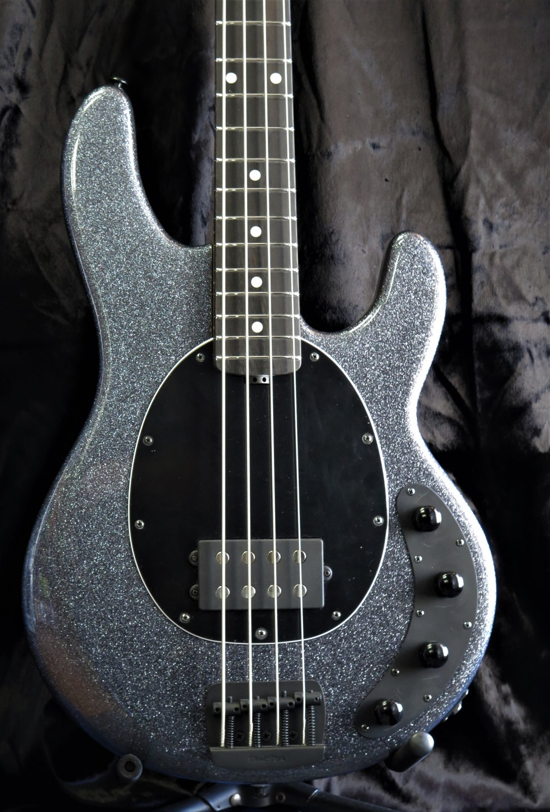 Ernie Ball Music Man StingRay Special 4H - Charcoal Sparkle