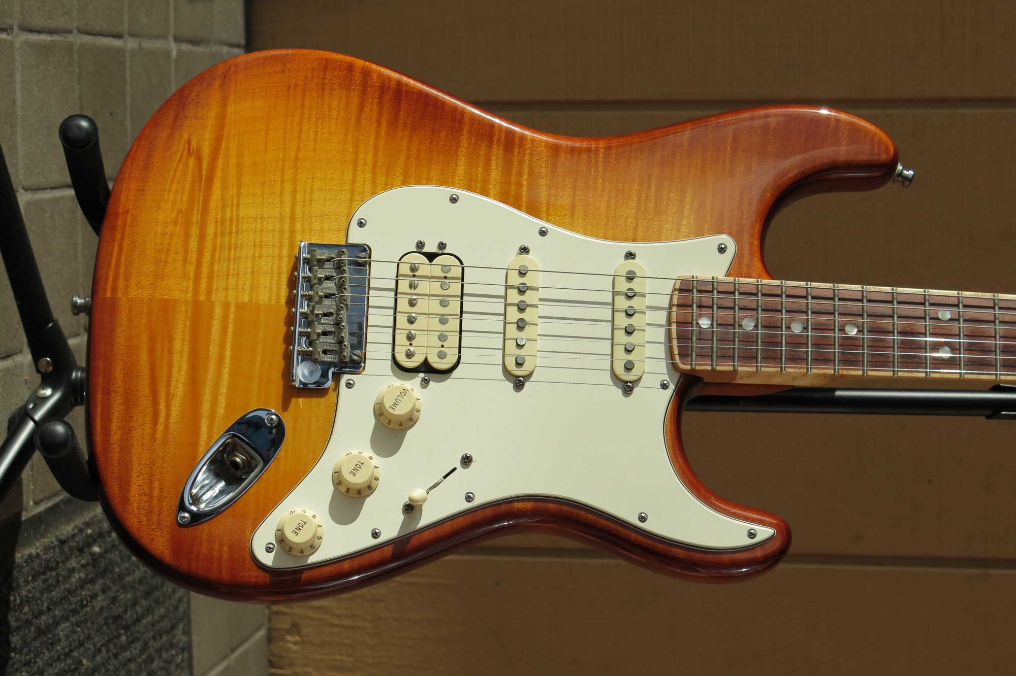 Fender Select Stratocaster HSS - Antique Burst (Used)